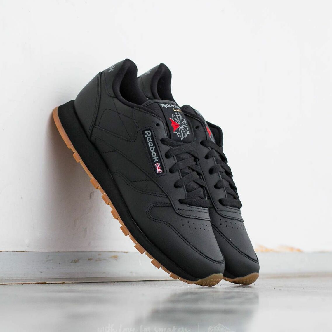 Reebok Classic Leather Black/ Gum EUR 39