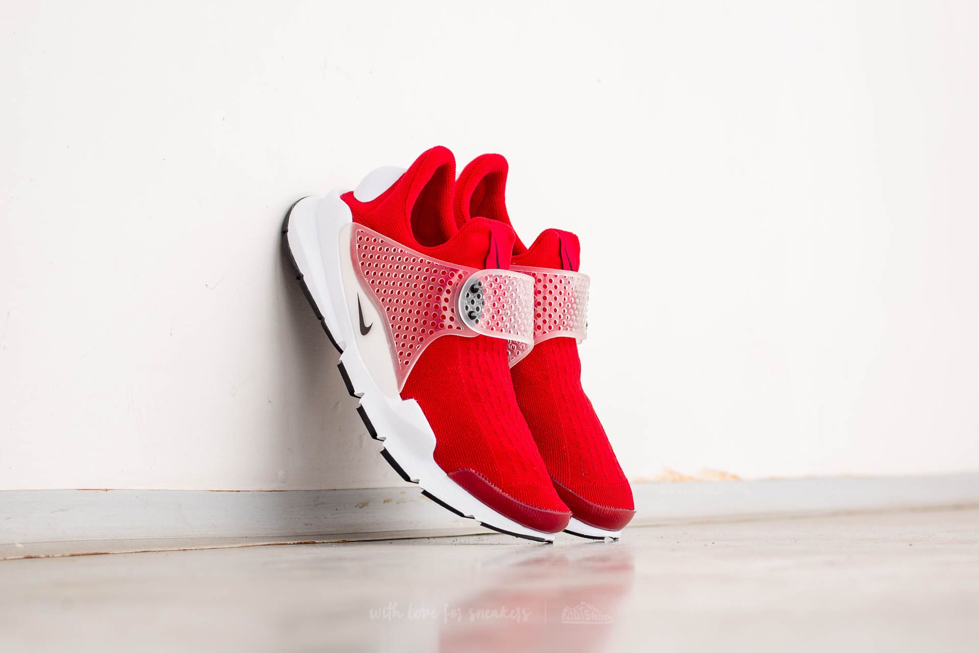 the latest bb119 3e790 Nike Sock Dart Gym Red/ Black-White | Footshop