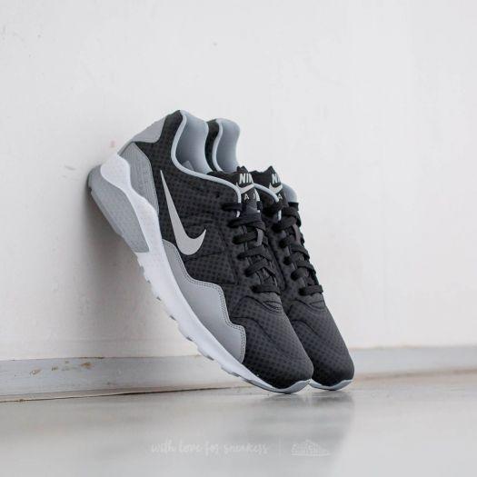 huge discount 90223 dc517 Nike Air Zoom Pegasus 92 Premium