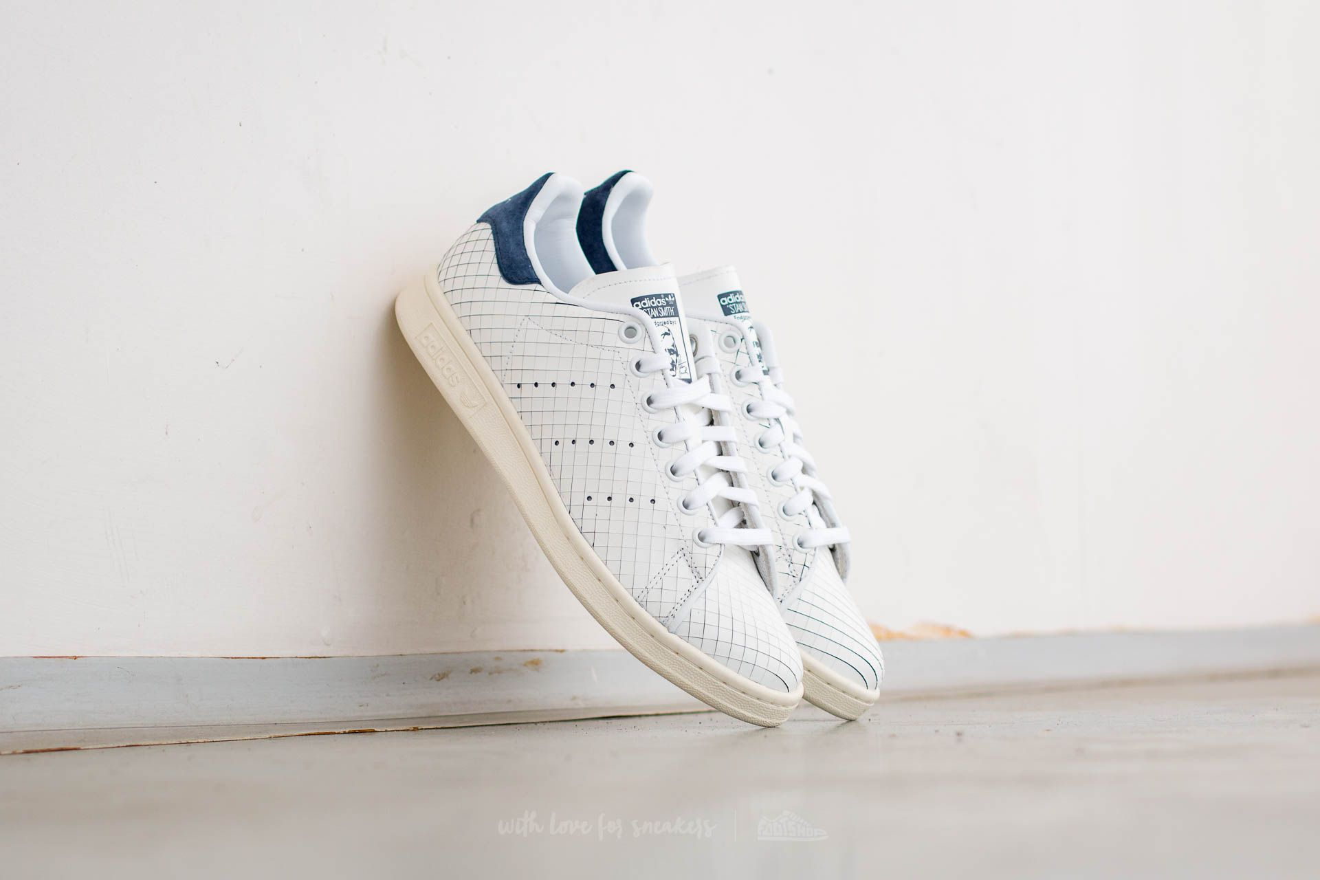 68a966449744 adidas Stan Smith W Ftw White  Ftw White  Collegiate Navy
