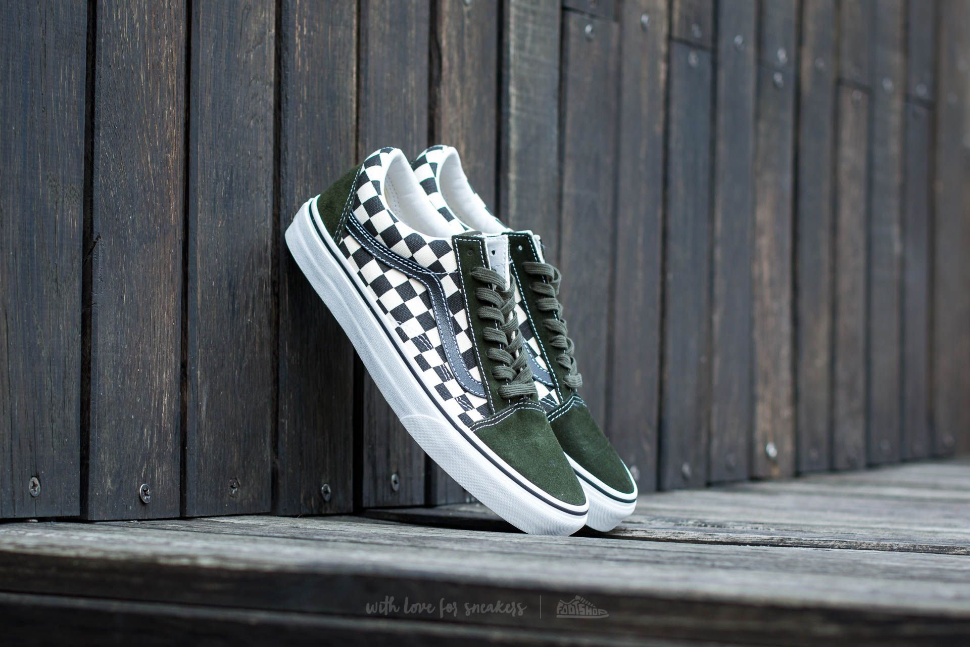 84e49547643f3d Vans Old Skool (50TH) Checkerboard  Black  Rosin