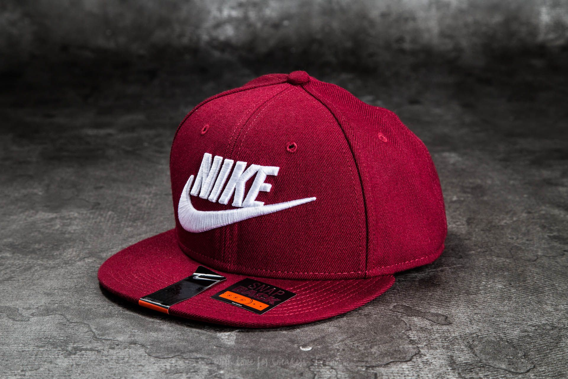 cac98b520 Nike Futura True 2 Snapback Team Red/ Team Red/ Team Red/ White ...