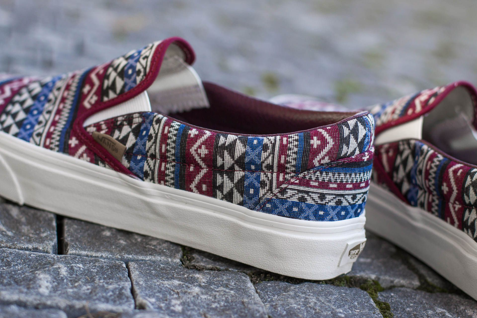 Vans Classic Slip On (Blanket Weave) Port Royale Blanc de Blanc | Footshop