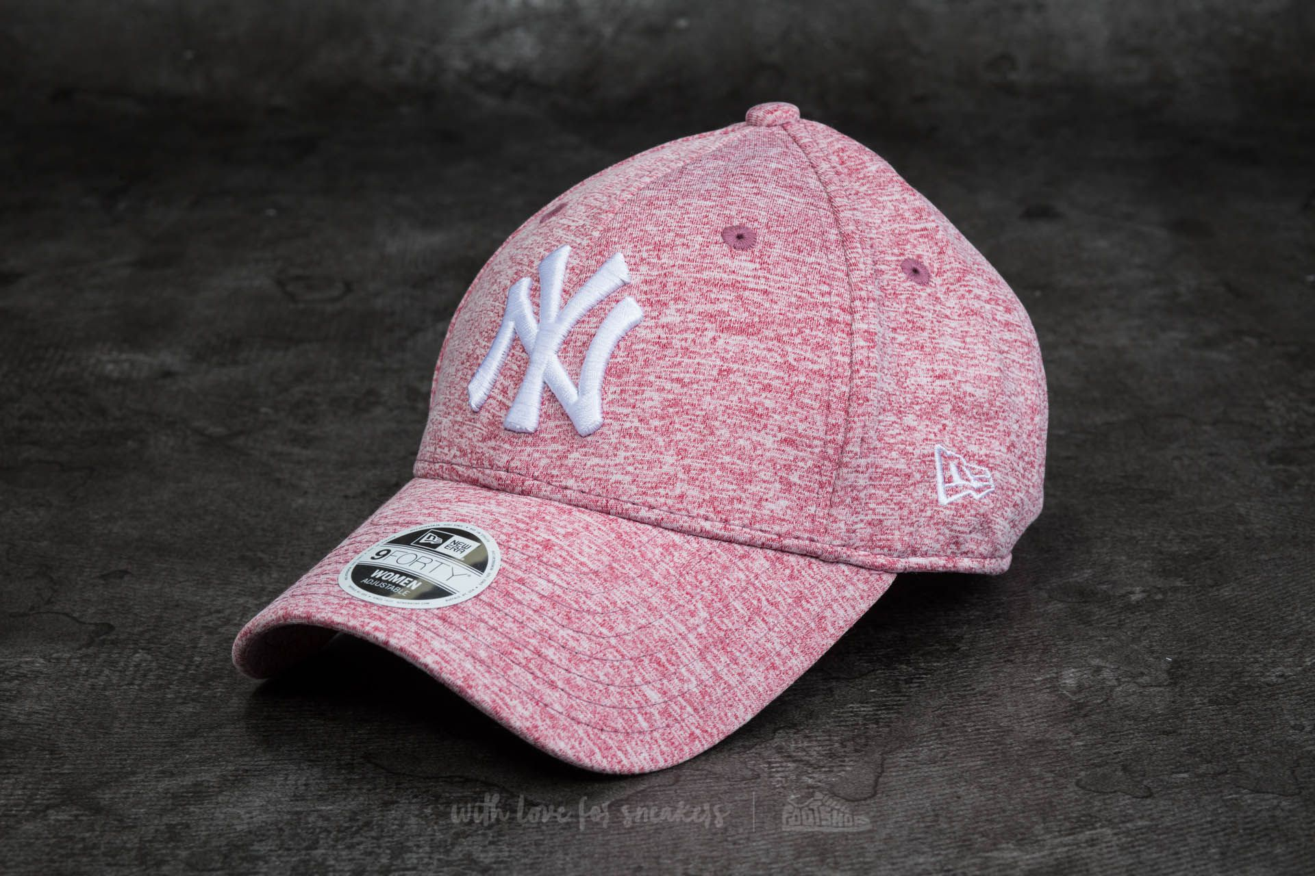 New Era 9Forty Women Adjustable Jersey Fleck New York Yankees Cap Maroon b2167b48910