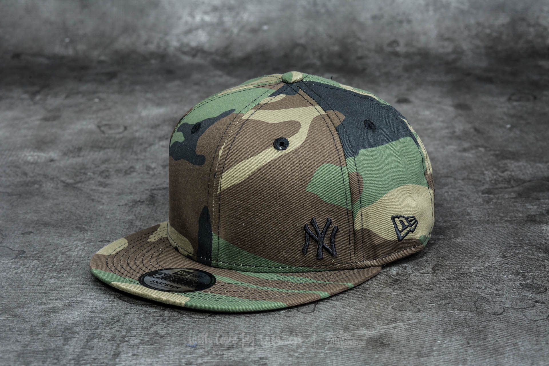 New Era 9Fifty Major League Baseball Flawless New York Yankees Cap Woodland  Camo 9f15ebe7f31