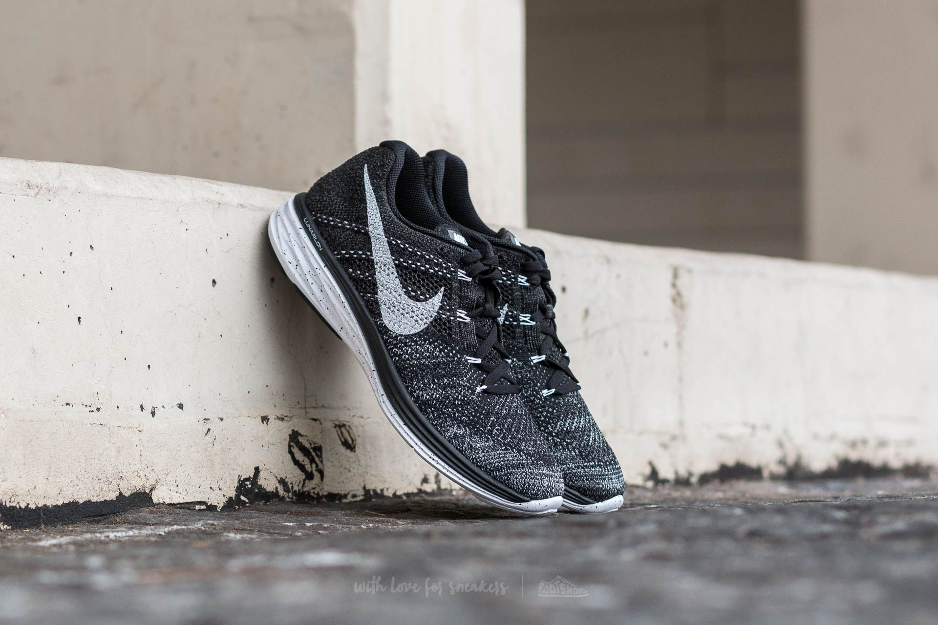 Men S Shoes Nike Flyknit Lunar 3 Black White Mid Fog Wolf Grey Footshop