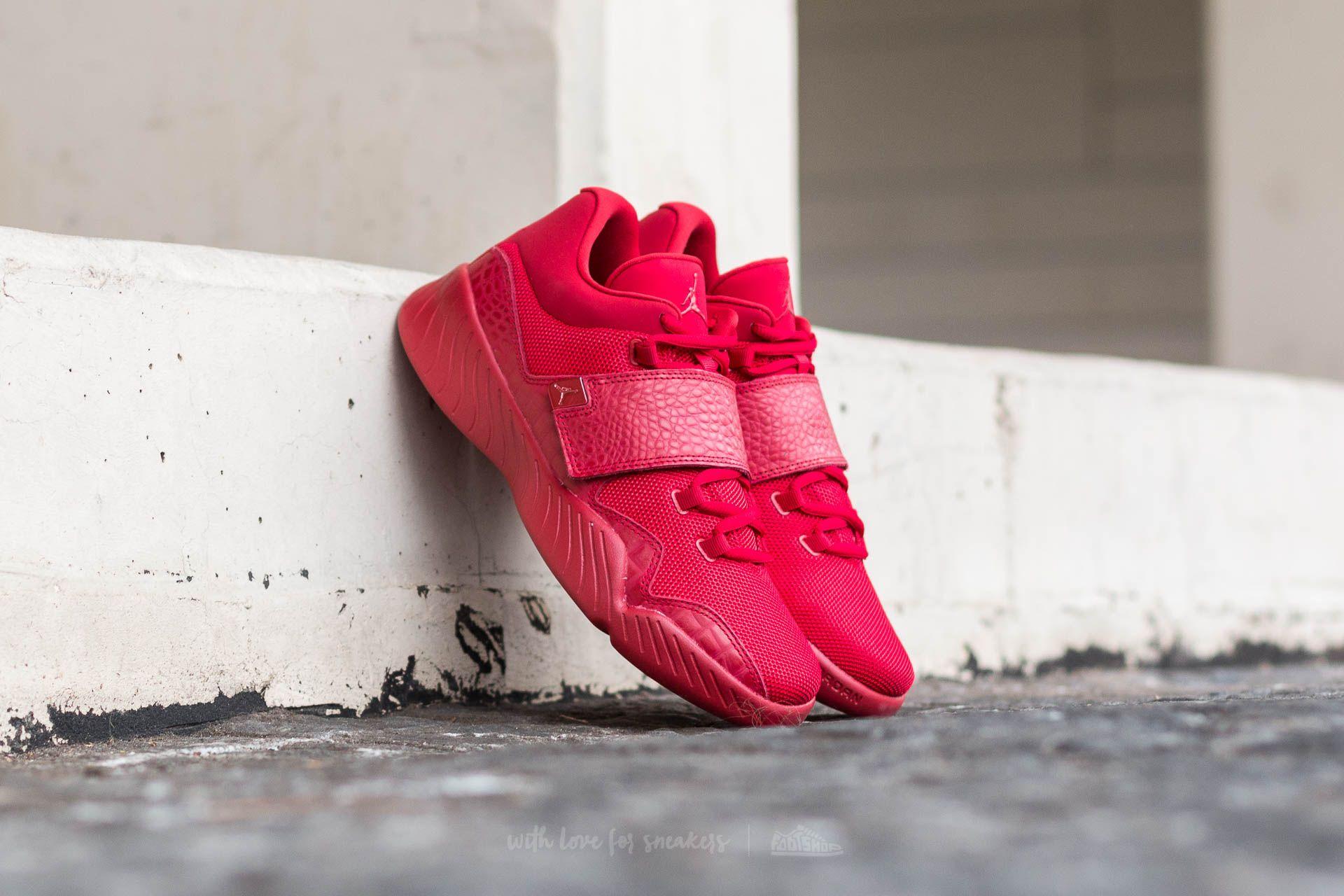 b5c8030d772 Jordan J23 Gym Red