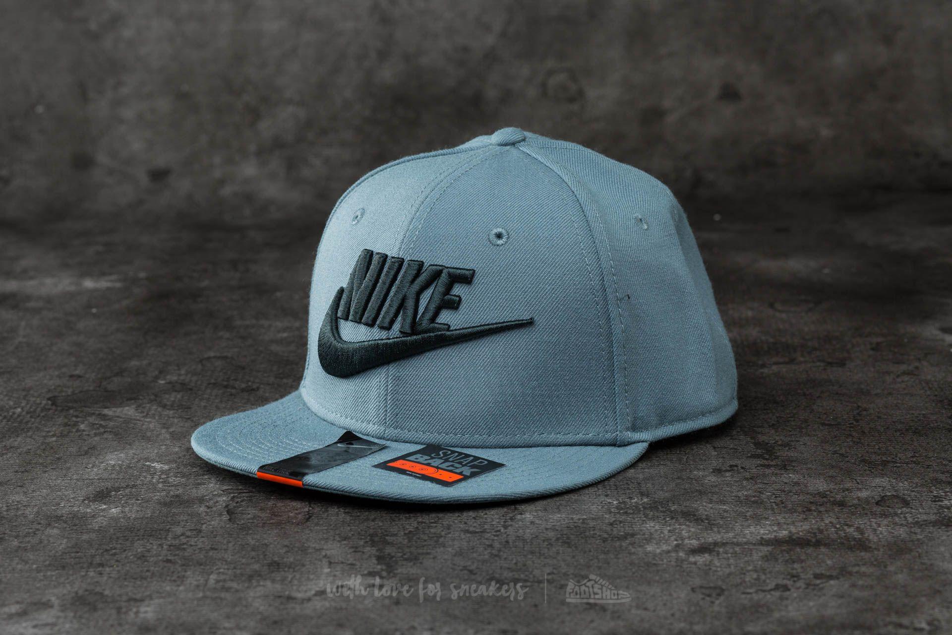 b925978855f Nike Futura True 2 Snapback Seaweed  Hasta
