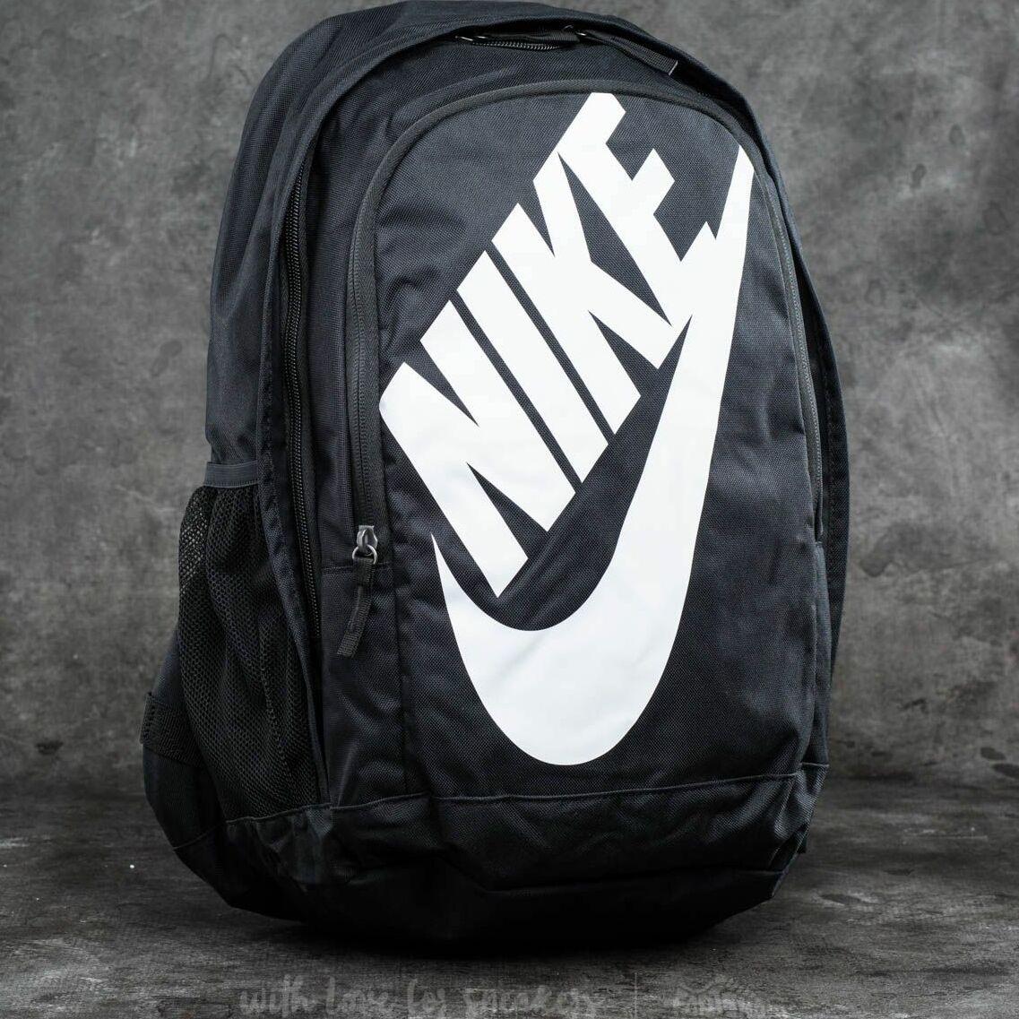 Nike Sportswear Hayward Futura 2.0 Backpack Black/ Black/ White 25 litrov