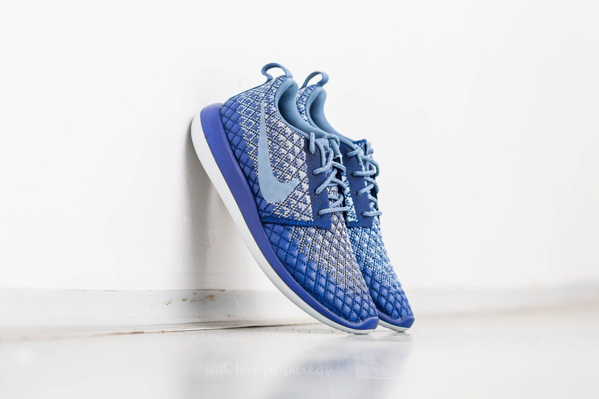 buy popular cd4a8 7cb32 Nike W Roshe Two Flyknit 365 Deep Royal Blue Ocean Fog at a great price