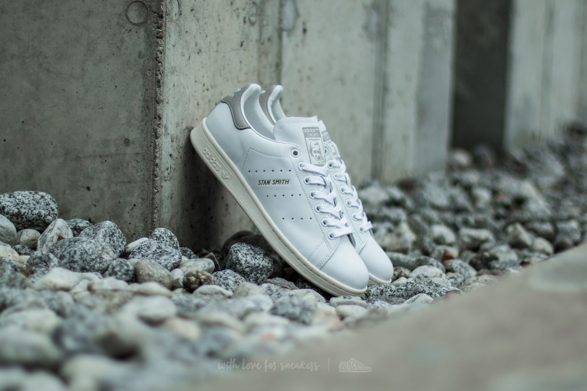 innovative design cf91e e2bbb adidas Stan Smith Ftw White Ftw White Clear Granite