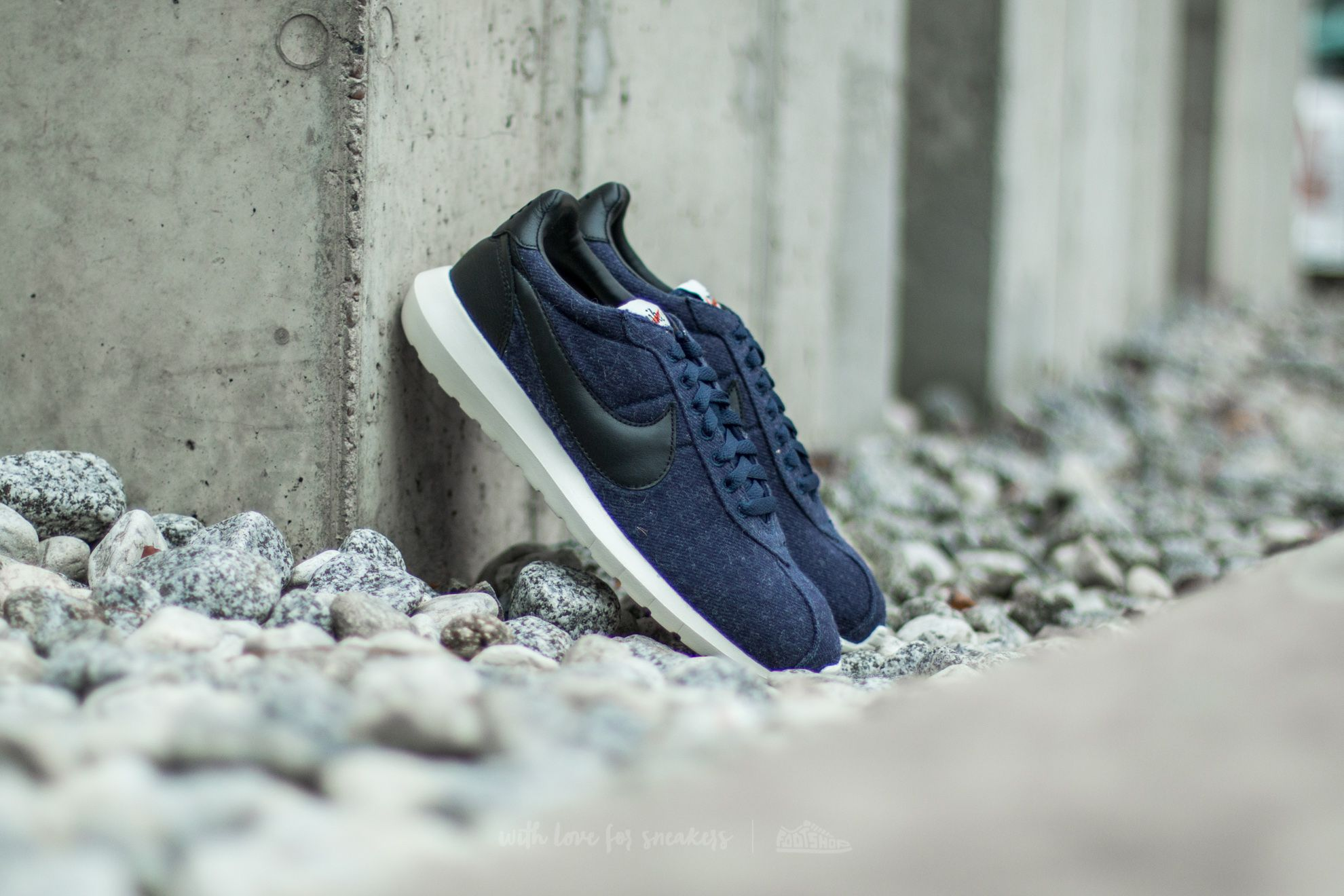 the latest fbb00 d9f39 Nike Roshe LD-1000. Obsidian  Black-Sail-Black