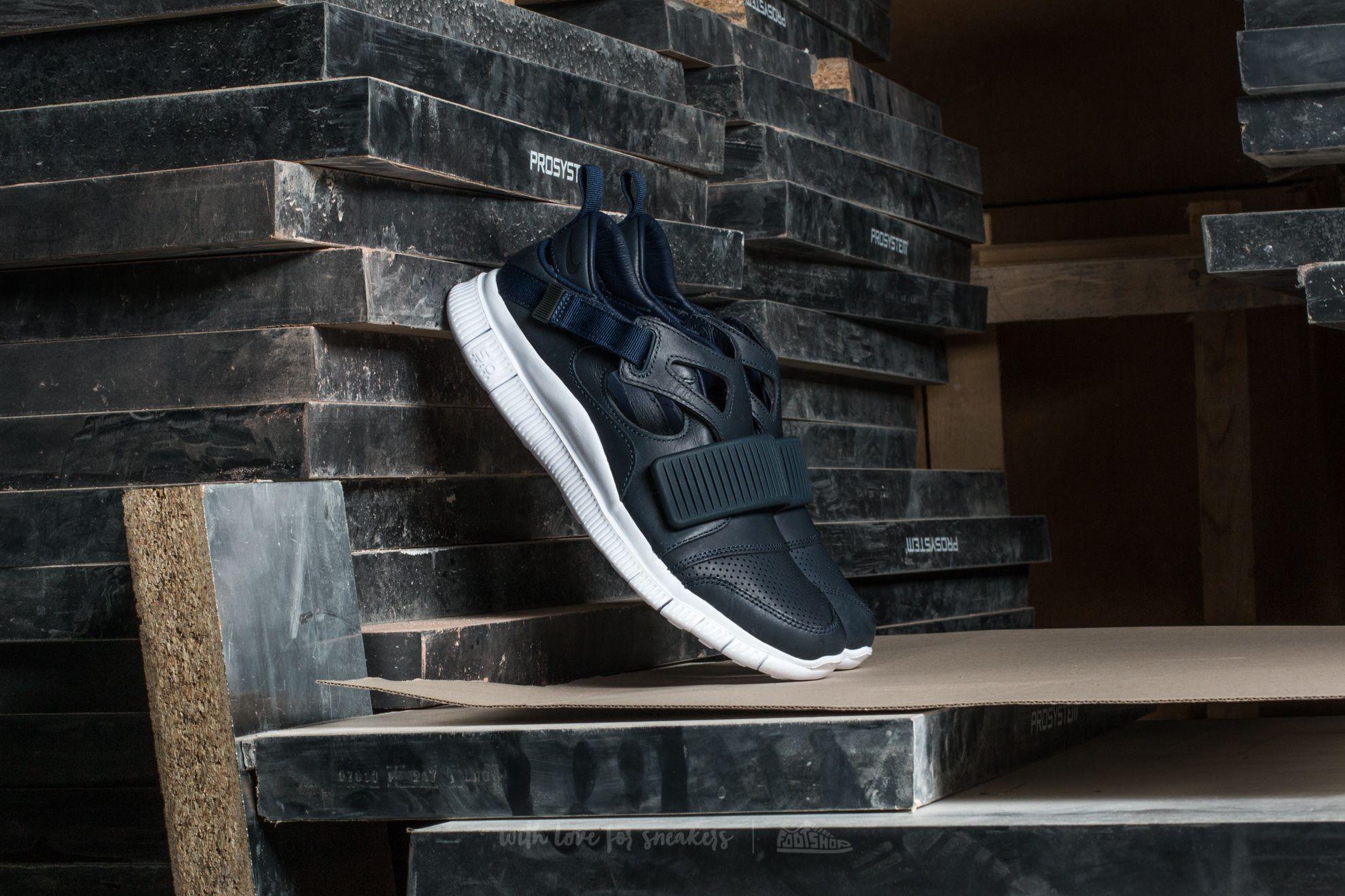 098c401d6a43 Nike Free Huarache Carnivore SP Obsidian  White-Catalina-Black ...