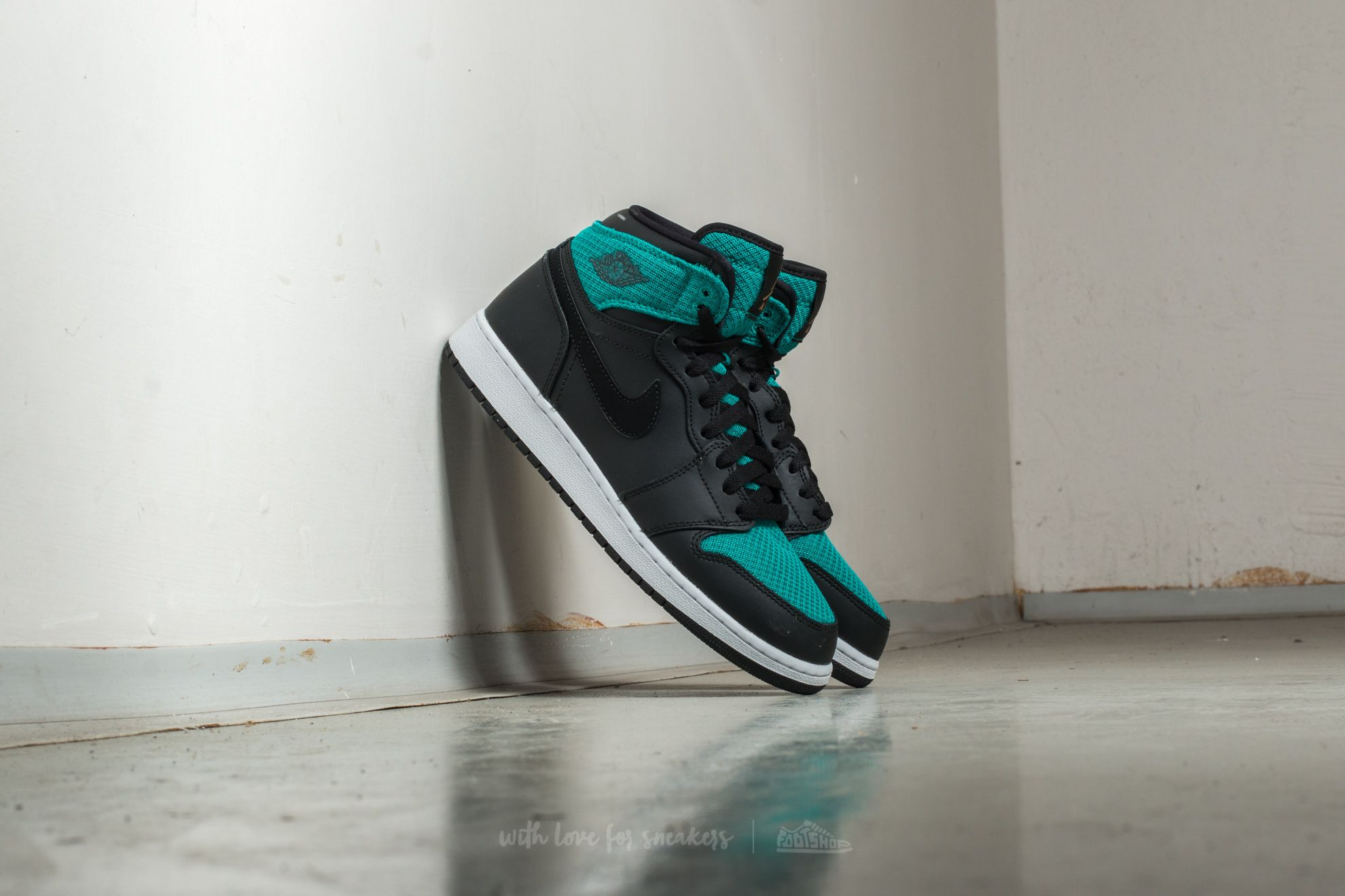 c046d4688818 Air Jordan 1 Retro High (GG) Black/ Metallic Gold-Rio Teal | Footshop
