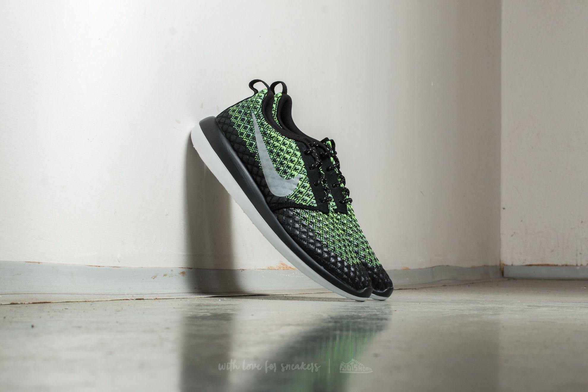 Nike Roshe Two Flyknit 365 Volt  Wolf Grey-Green Glow  4b1cbb918