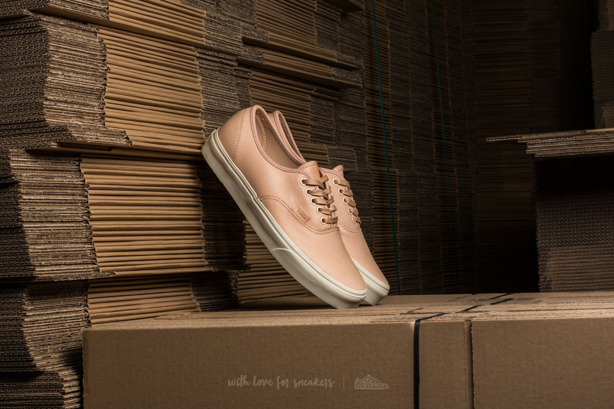 68330cef54 Vans Authentic DX (Veggie Tan Leather) Tan
