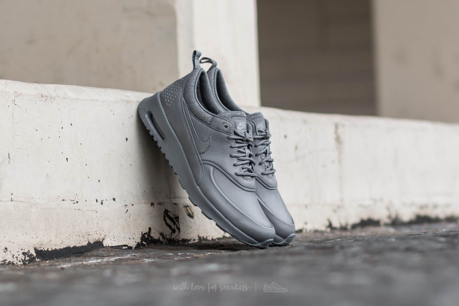 Nike Wmns Air Max Thea Pinnacle Cool Grey/ Cool Grey