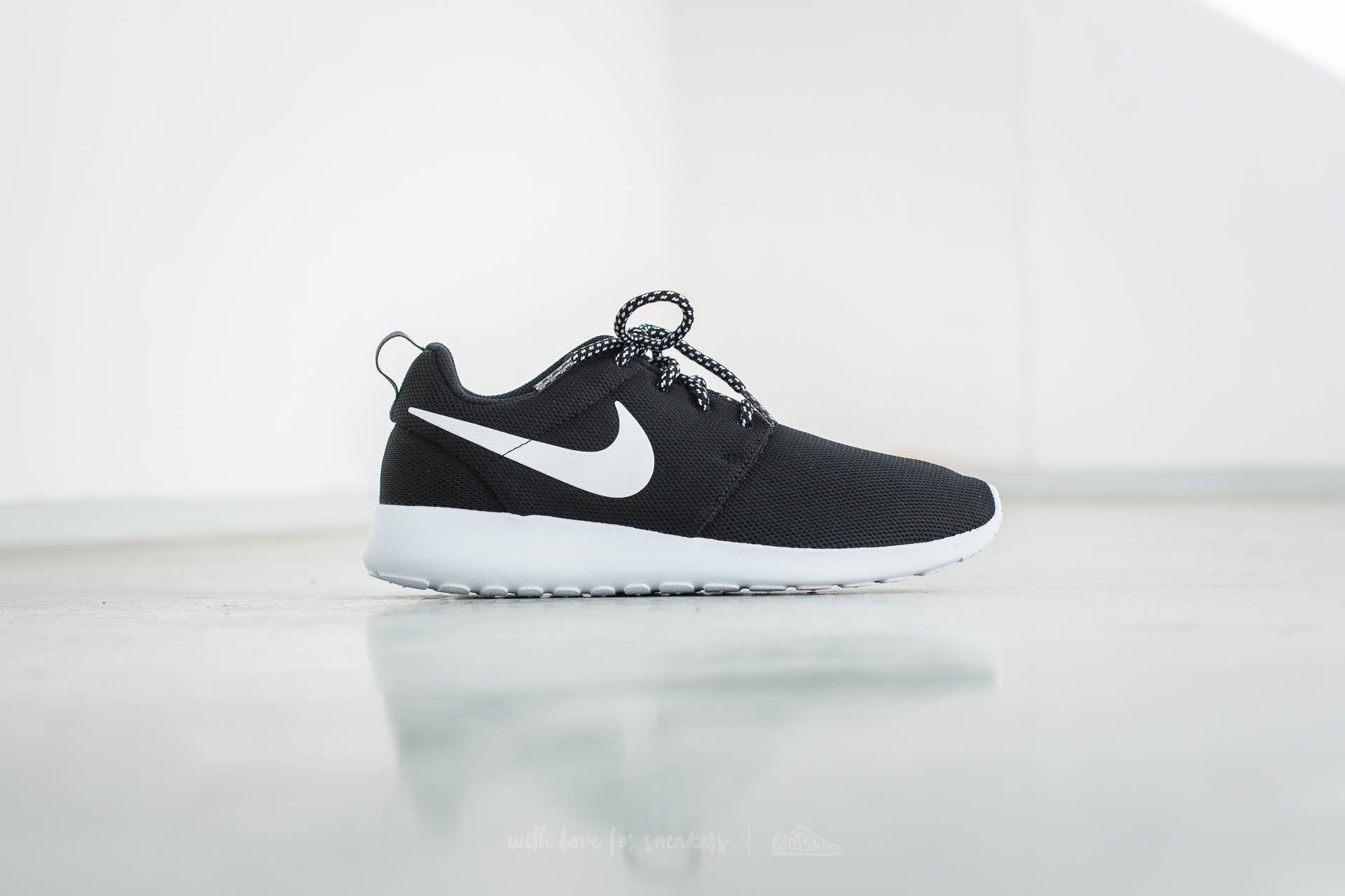 quality design 58a6b 984a8 Nike W Roshe One Black/ White-Dark Grey | Footshop