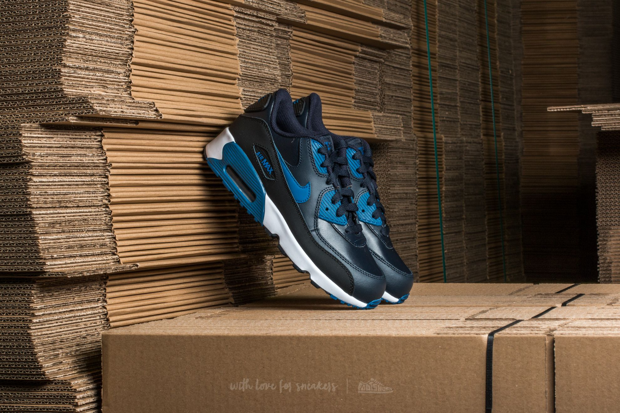 size 40 59e60 6056c Nike Air Max 90 Leather (PS)