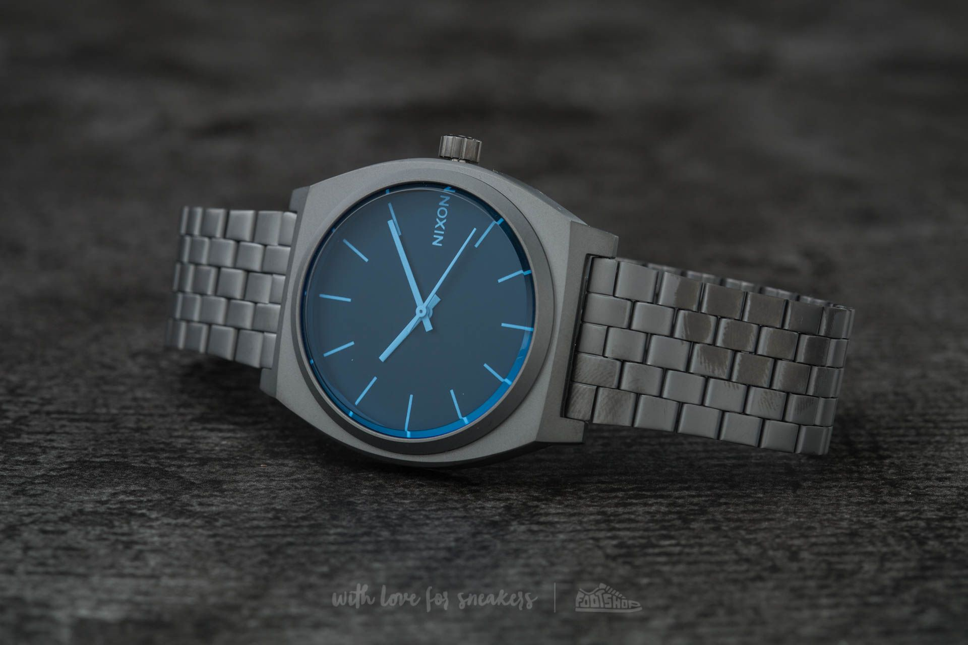 Nixon Time Teller Gunmetal  Blue Crystal  f9524bfa7be