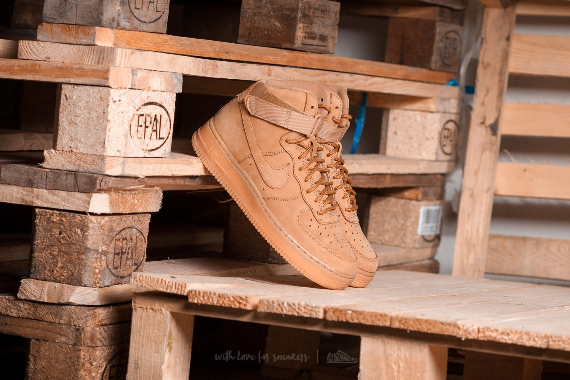 the best attitude b483d e8292 Nike Air Force 1 High LV8 (GS)