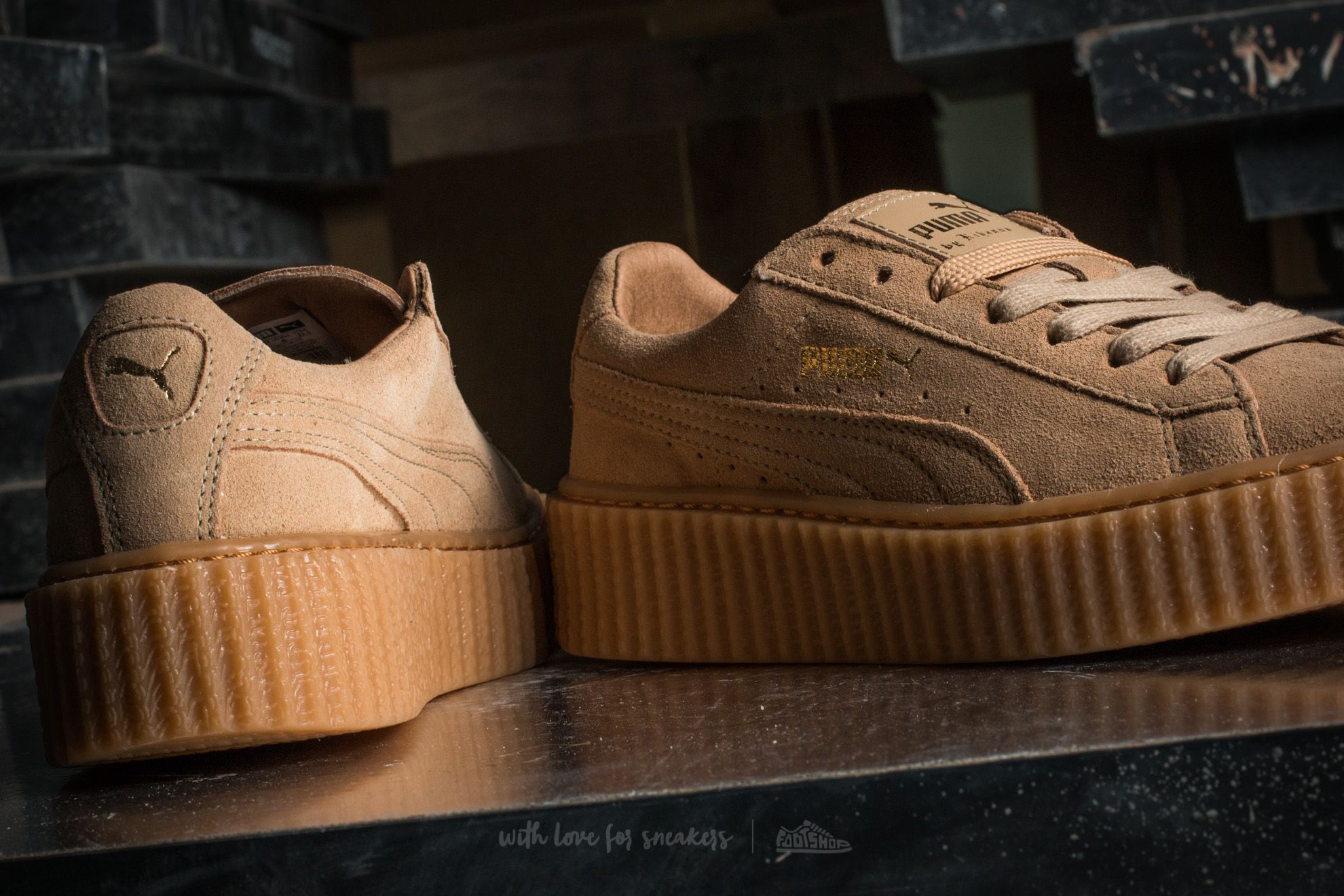 Suede Rihanna Creeper Sneaker Puma Oatmeal X 7 5 Beige