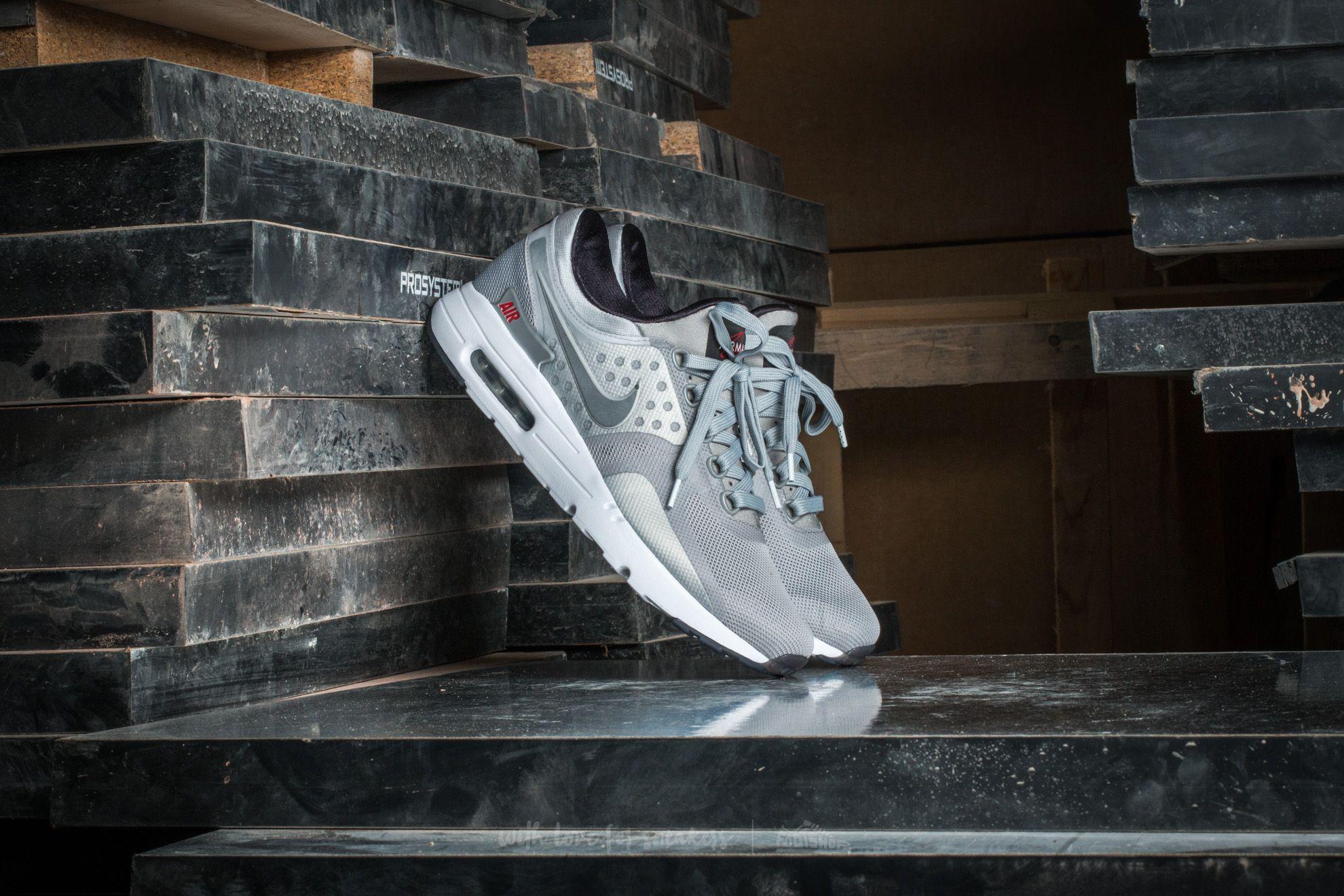 new arrival ed7c1 bef5a Nike Air Max Zero QS Metallic Silver