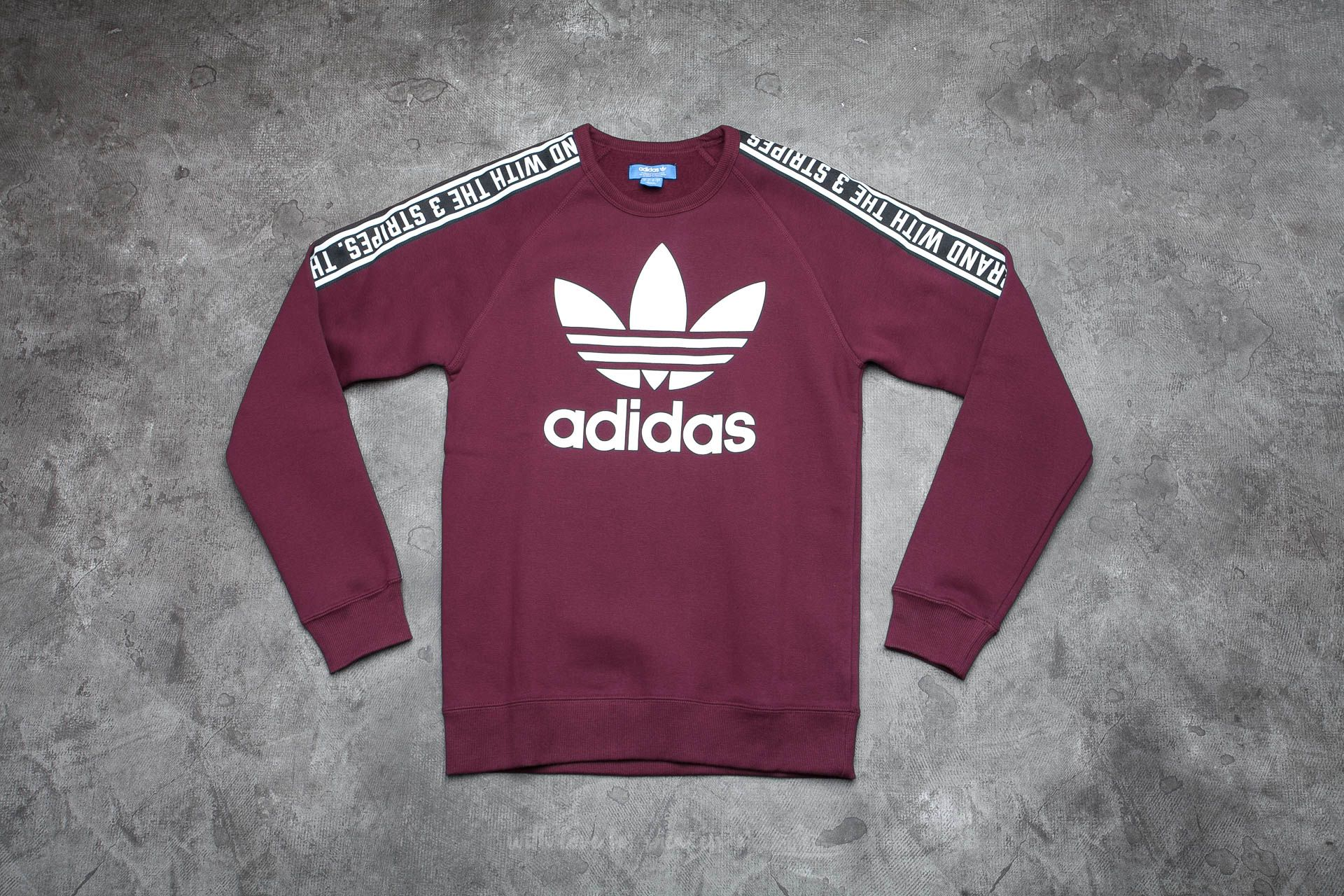 adidas Essentials Crew Maroon | Footshop