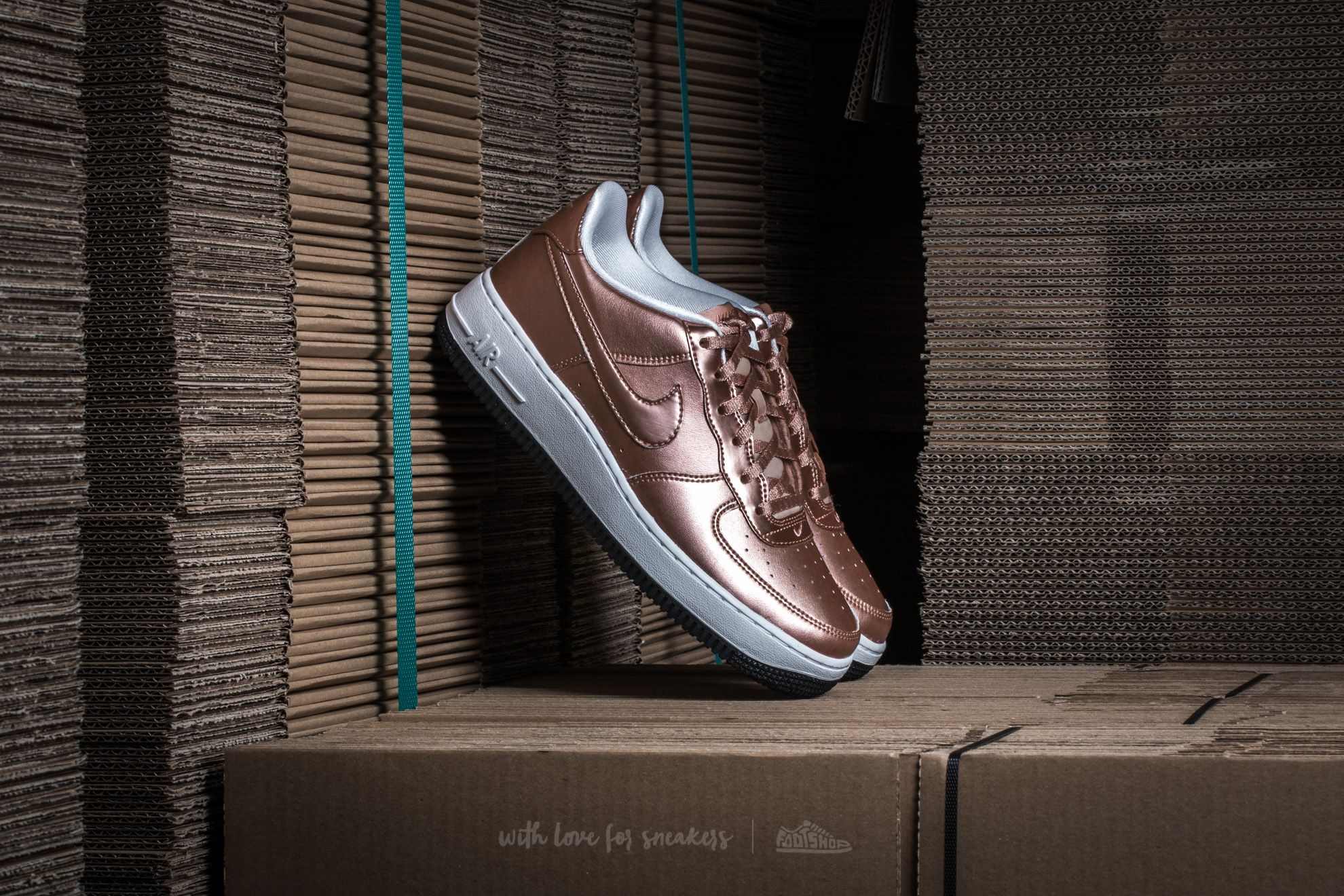 online store dcc32 fb1fc Nike Air Force 1 SE (GS) Metallic Red Bronze