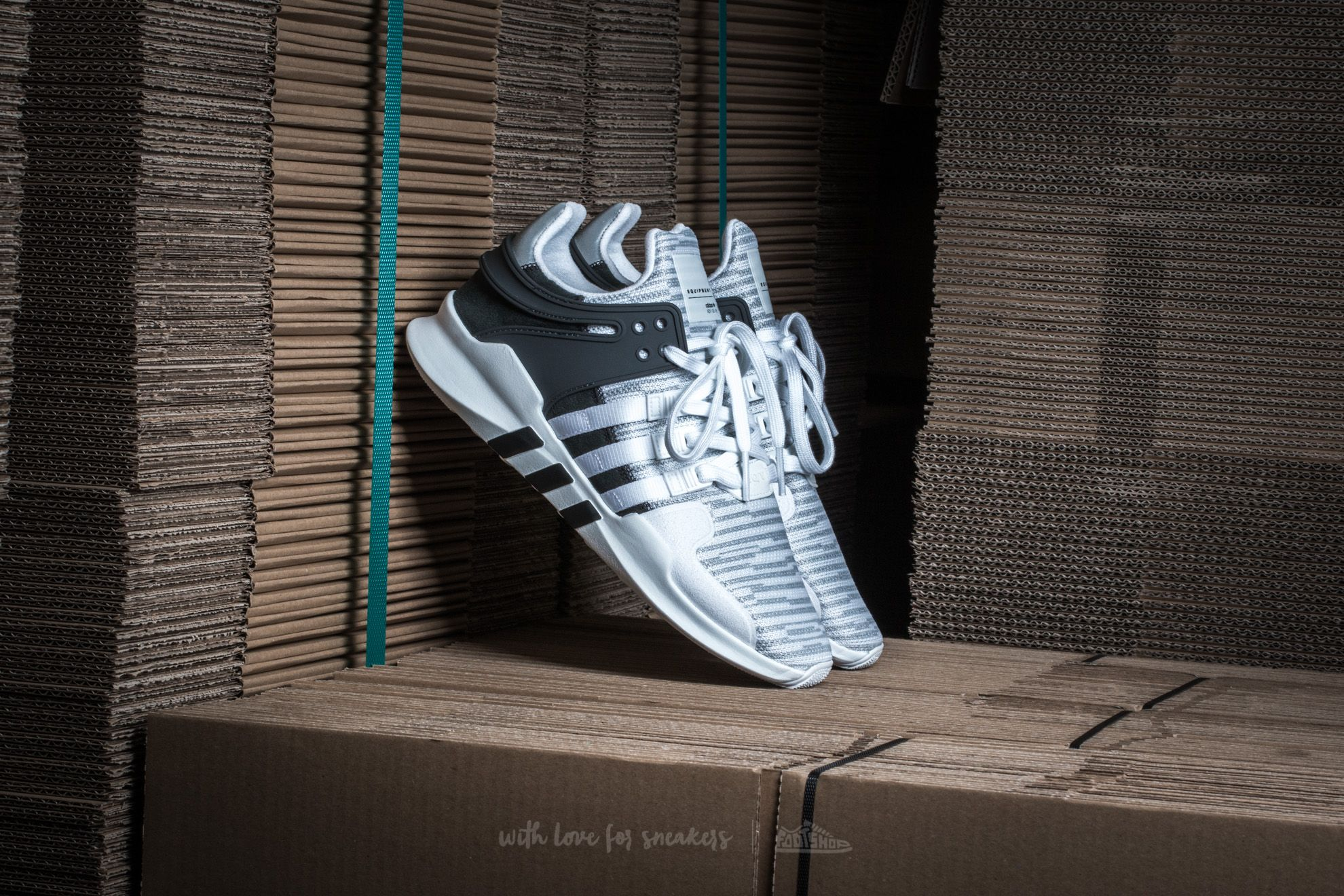 new styles ef2e2 27033 adidas Equipment Support ADV Ftw White/ Ftw White/ Core ...