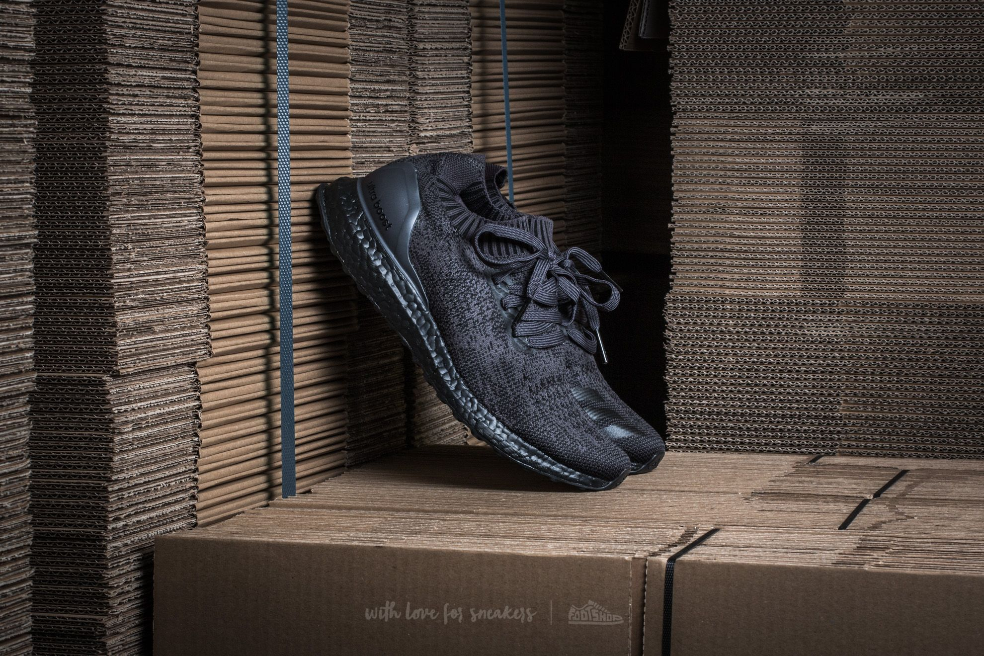 930b84f8d5734 adidas Ultra Boost Uncaged. Dark Grey Heather Solid Grey  Core Black  ...
