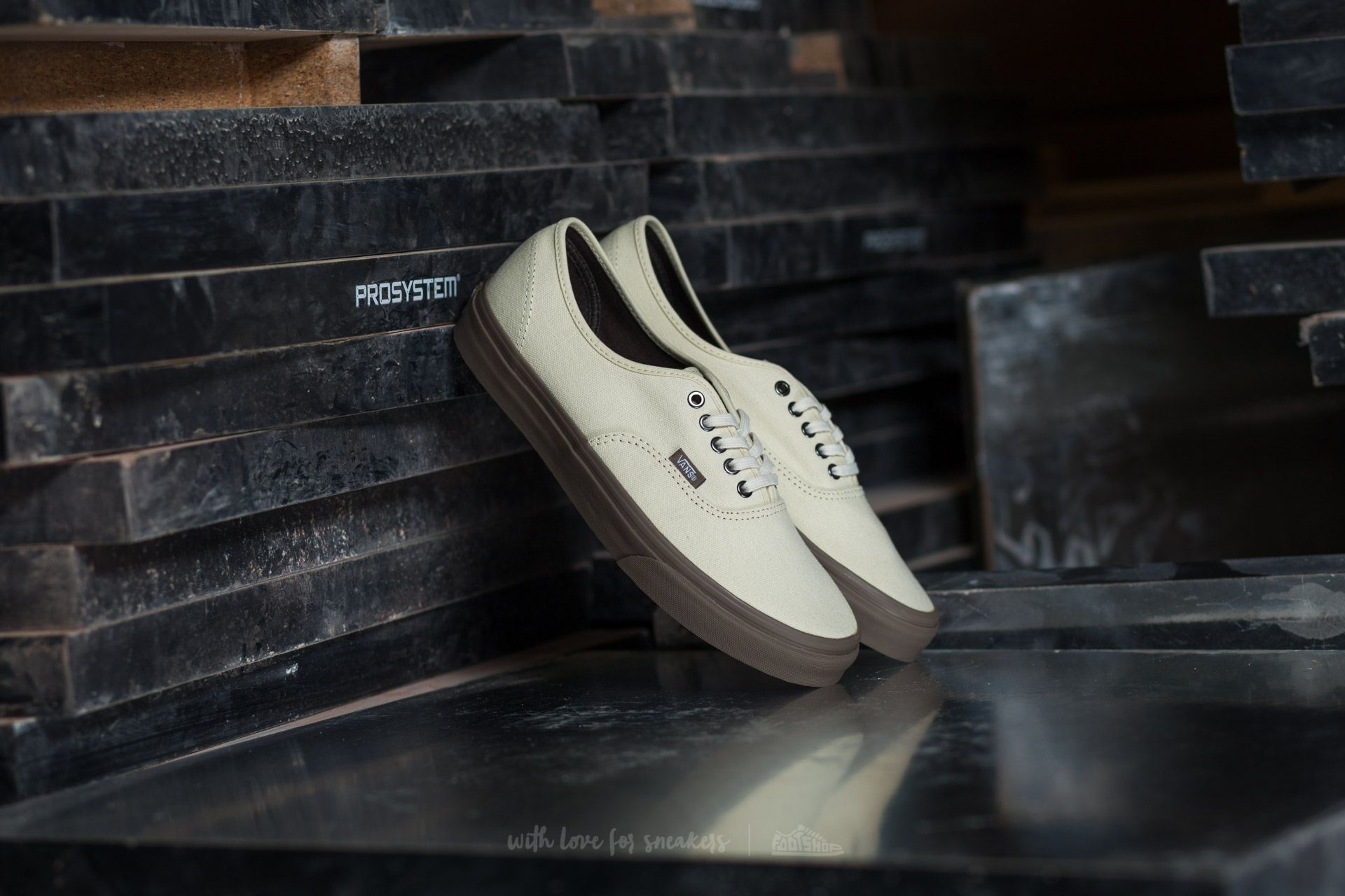 Vans Authentic (C D) Cream  Walnut  f30349dd3e