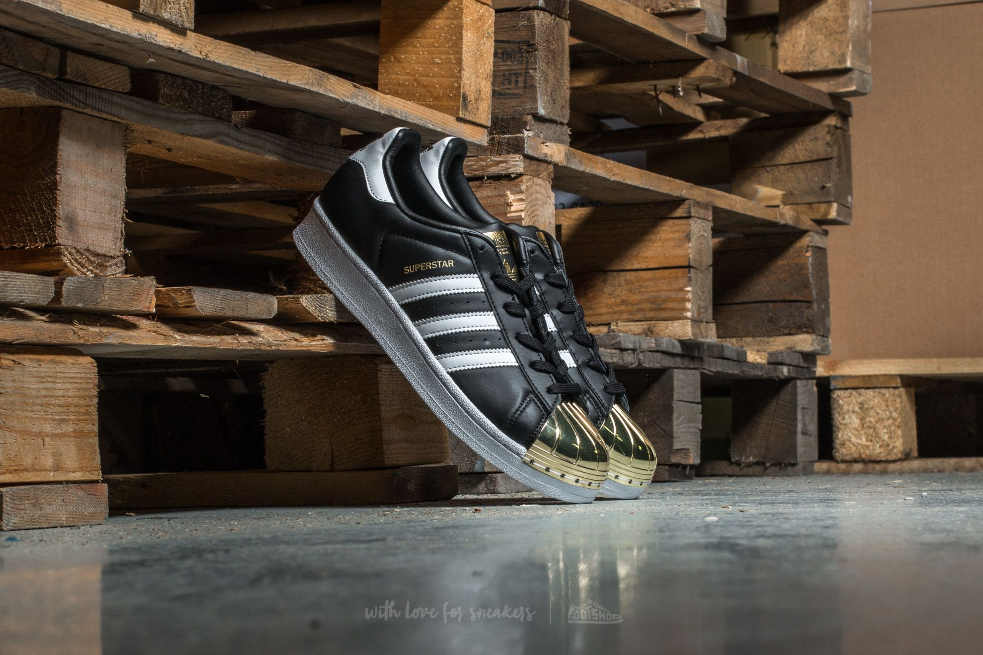 b19246b9 adidas Superstar Metal Toe W Core Black/ Ftw White/ Gold W super cenie 242