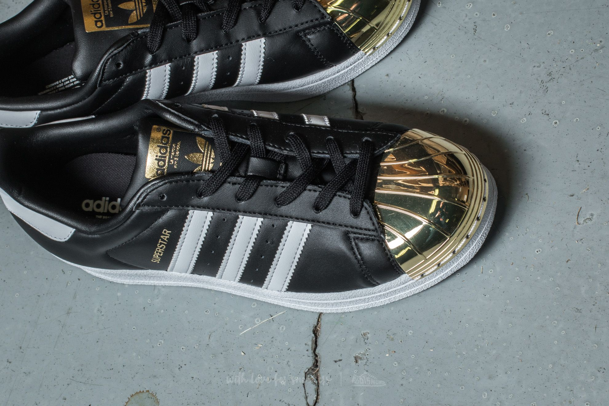 adidas Superstar Metal Toe W Core Black Ftw White Gold