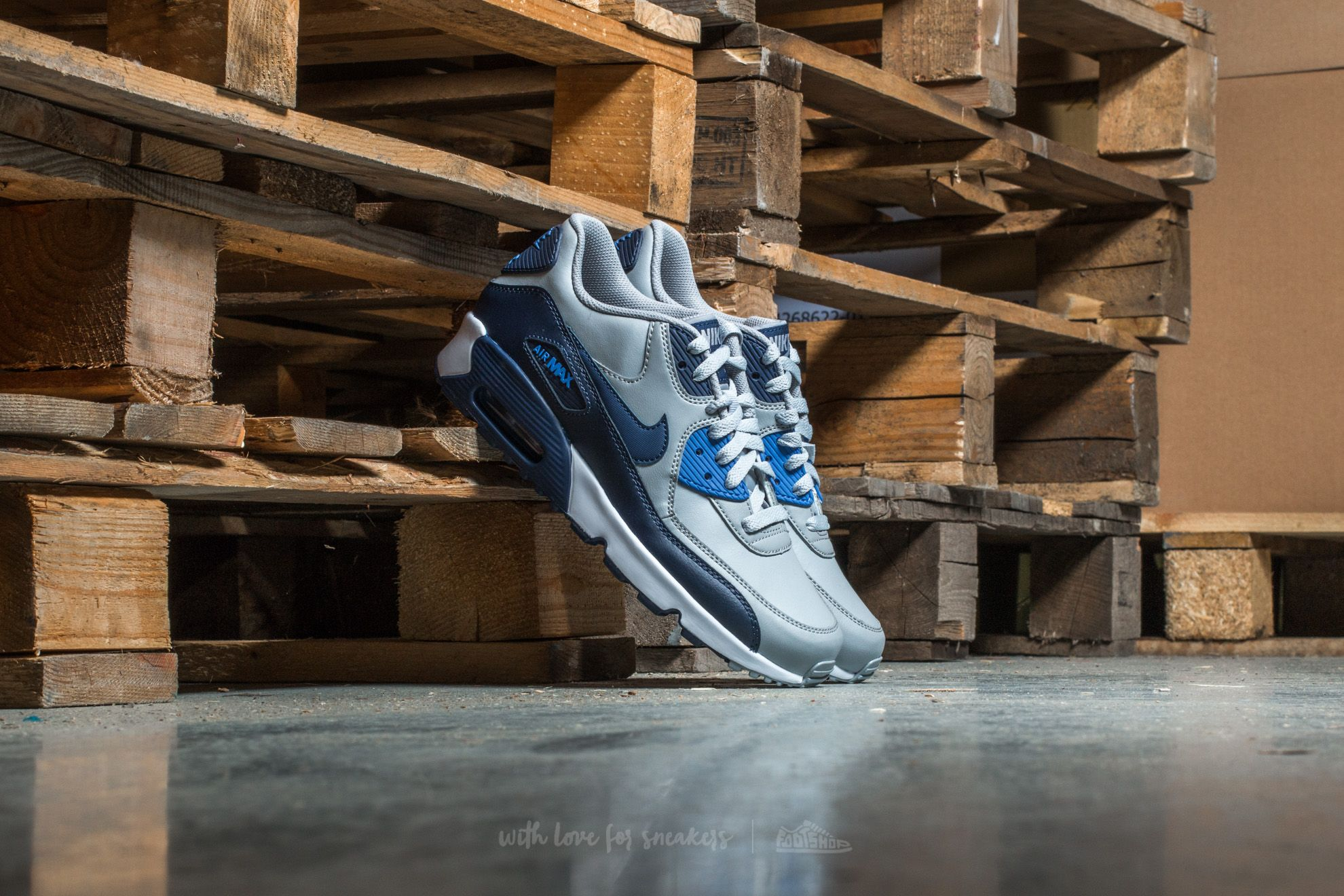 promo code 6e791 32a64 Nike Air Max 90 Leather (GS). Wolf Grey  Binary Blue