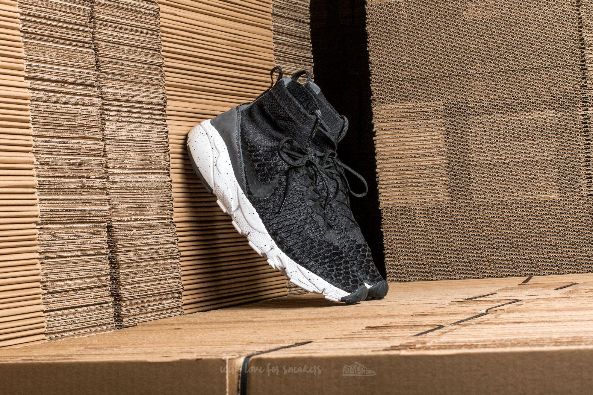 Men's shoes Nike Air Footscape Magista