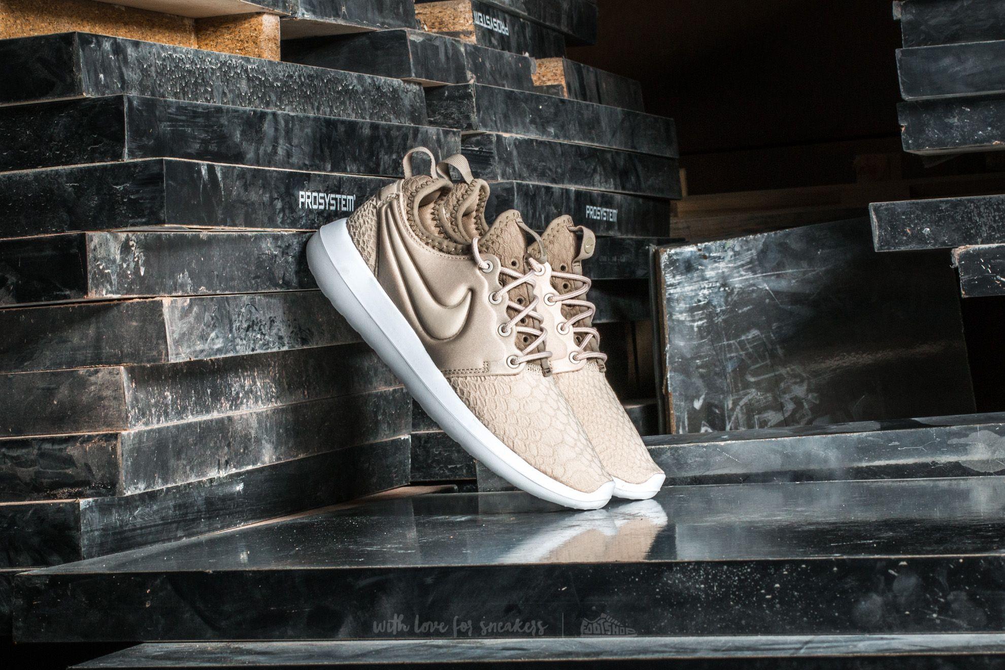 41a108024a91 Nike w Roshe Two SE Oatmeal  Oatmeal-Khaki-White