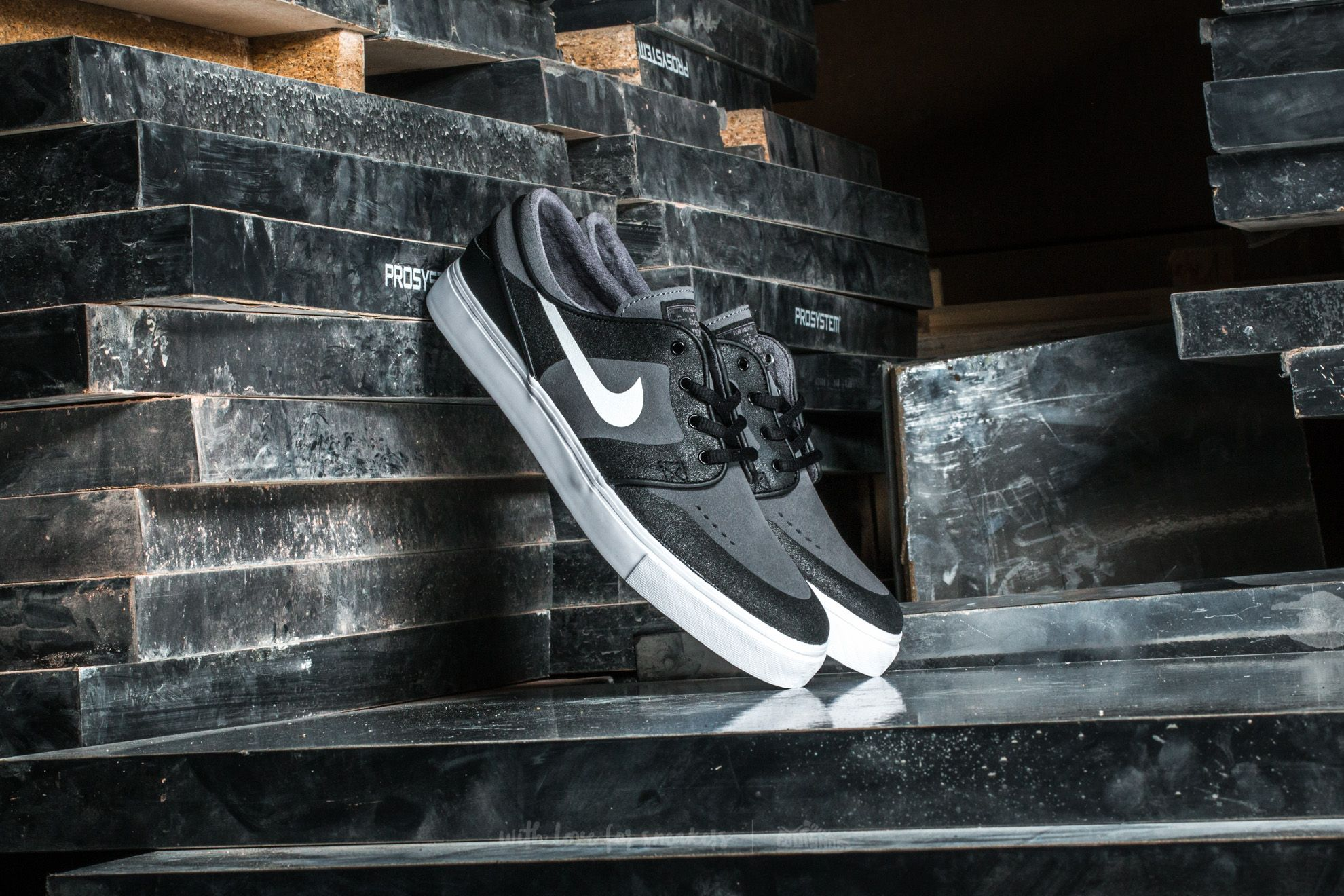 4a6c0e5c61 Nike SB Stefan Janoski Elite Dark Grey/ White-Black | Footshop