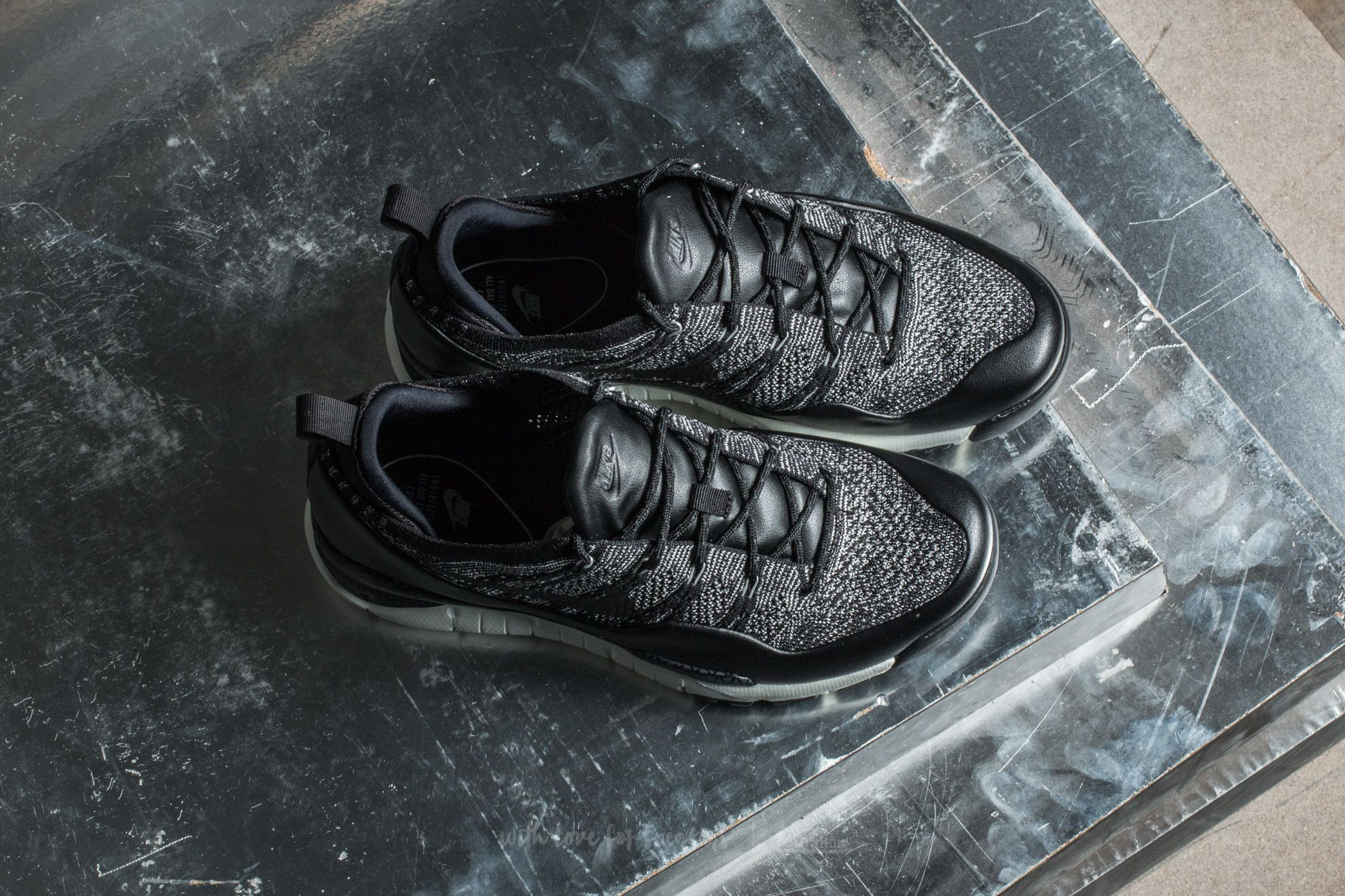 preview of release date los angeles Nike Lupinek Flyknit Low Sail/ Black-Anthracite | Footshop