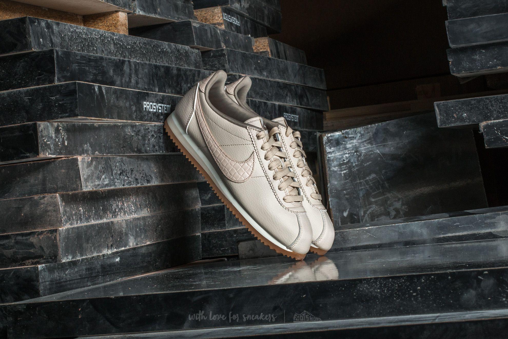 wholesale dealer c2d3f 021c5 Nike W Classic Cortez Leather Lux Oatmeal/ Oatmeal-Sail | Footshop