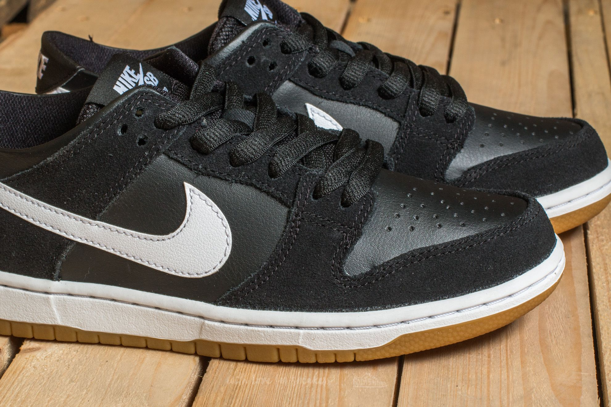 Nike Sb Zoom Dunk Low Pro Black White Gum Light Brown | Footshop