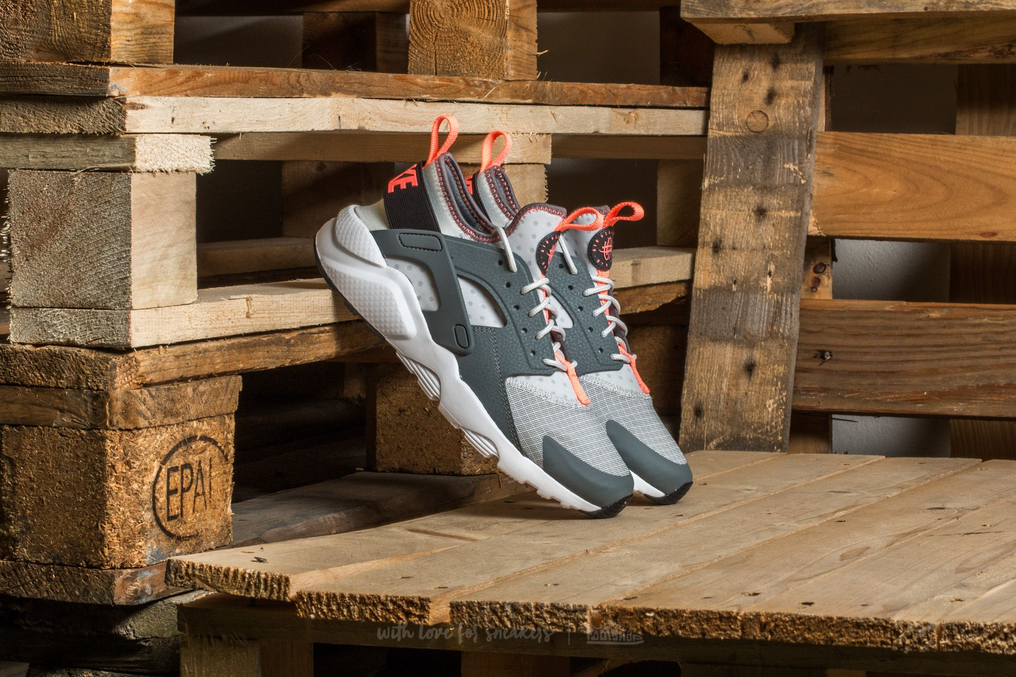 Nike Air Huarache Run Ultra GS Pure Platinum/ Anthracite   Footshop
