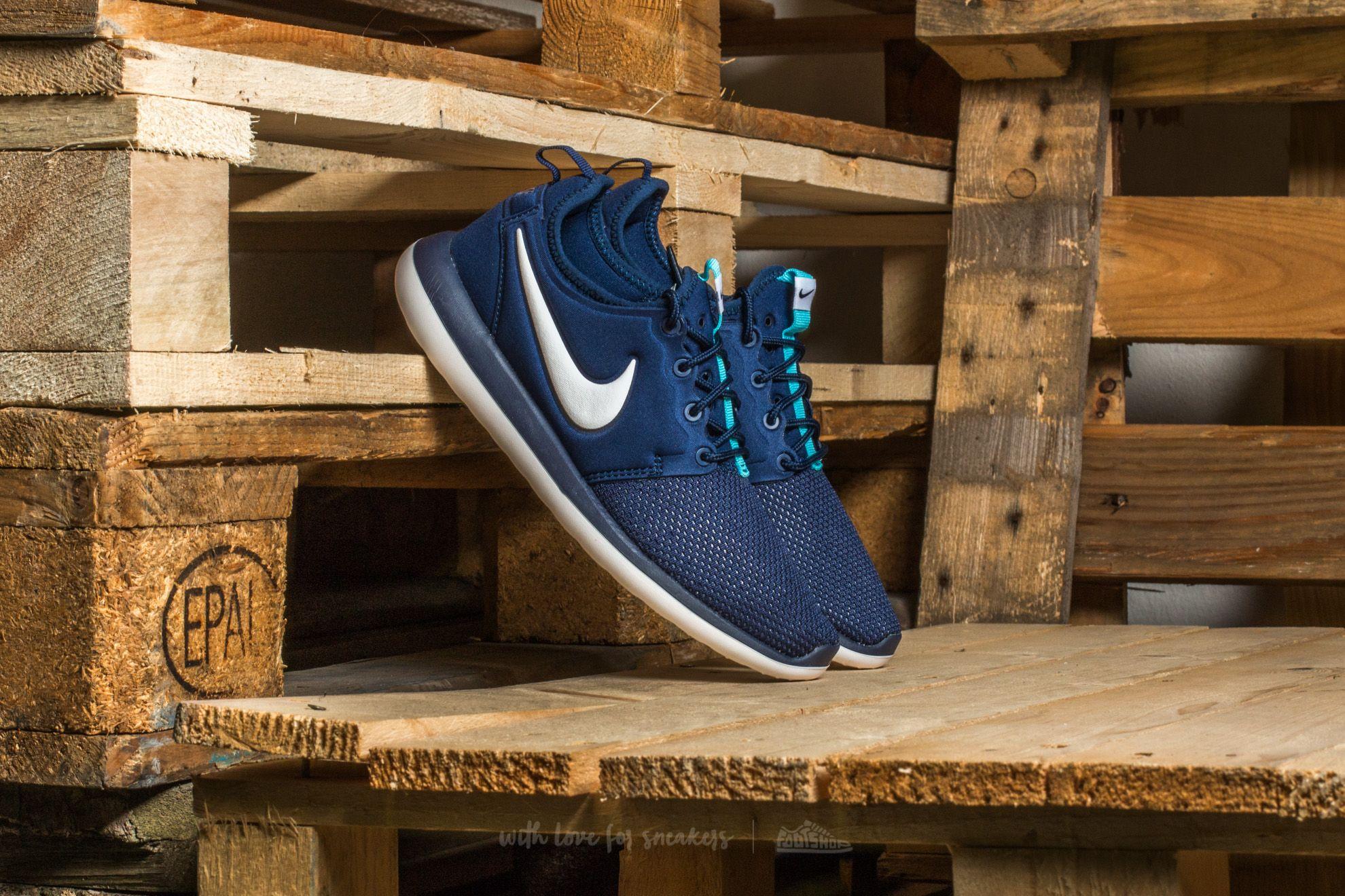 Nike Roshe Two (GS) Binary Blue  White-Vivid Sky  5d637ffb62d