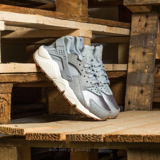 Nike Wmns Air Huarache Run Premium Wolf Grey  Wolf Grey-Sail  68338c8aa637