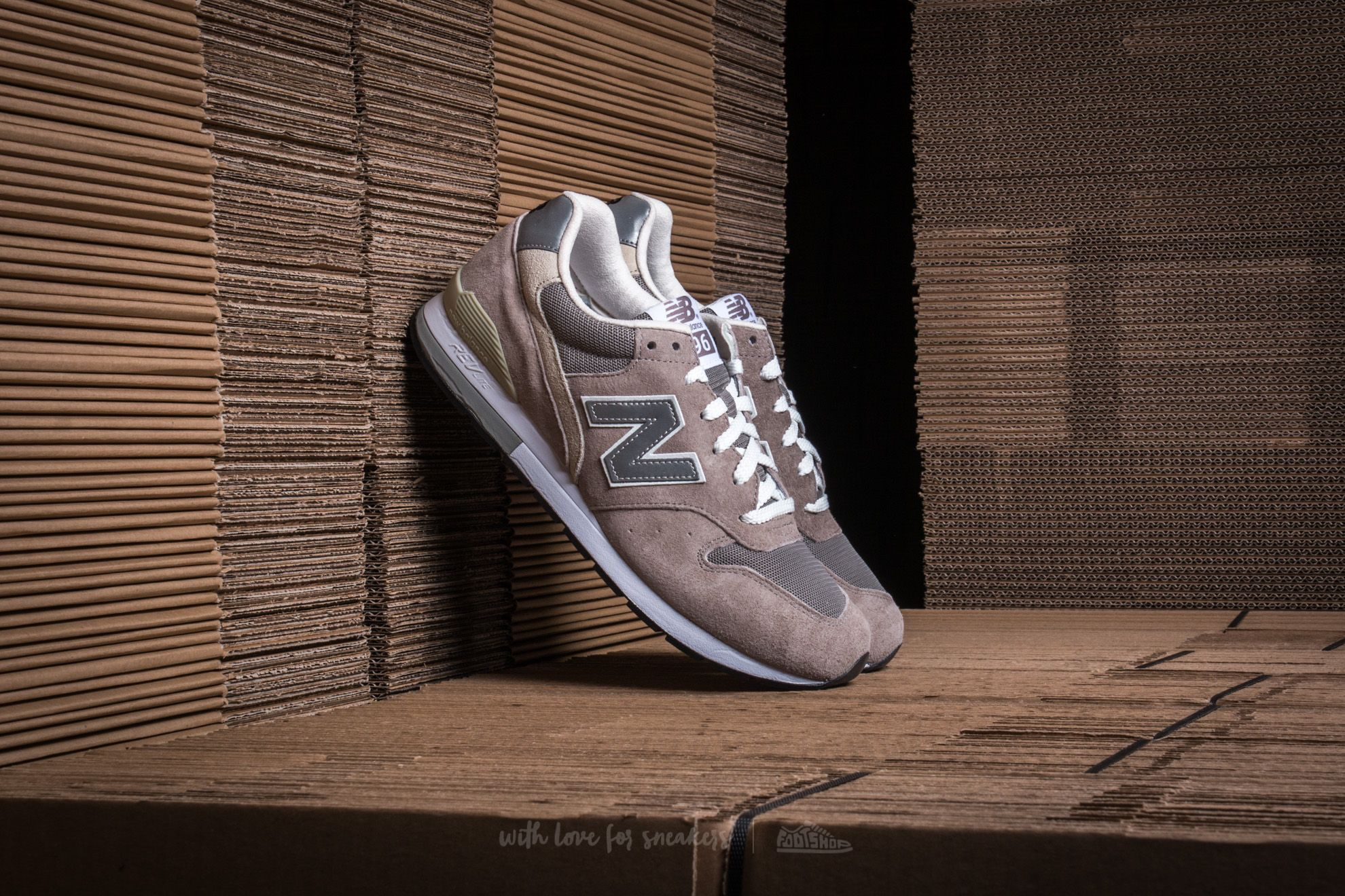 New Balance MRL996AG   Footshop