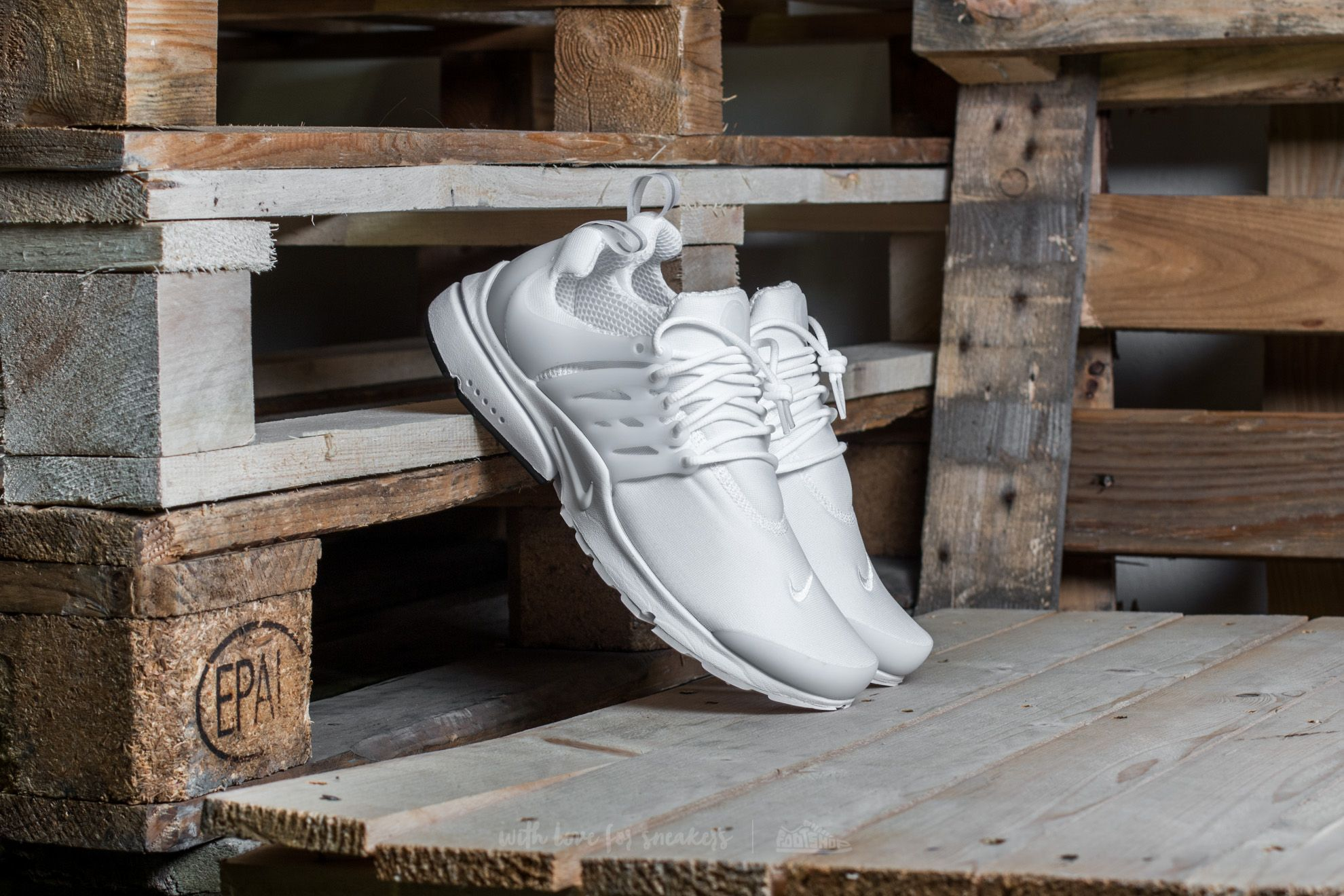 ac77aec58295 Nike Air Presto Essential White  White-Black