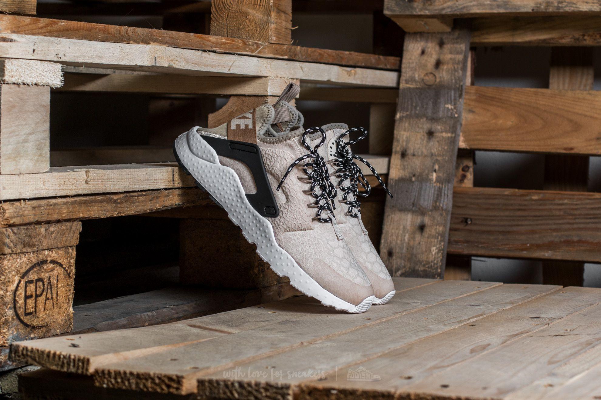 Women's shoes Nike W Air Huarache Run