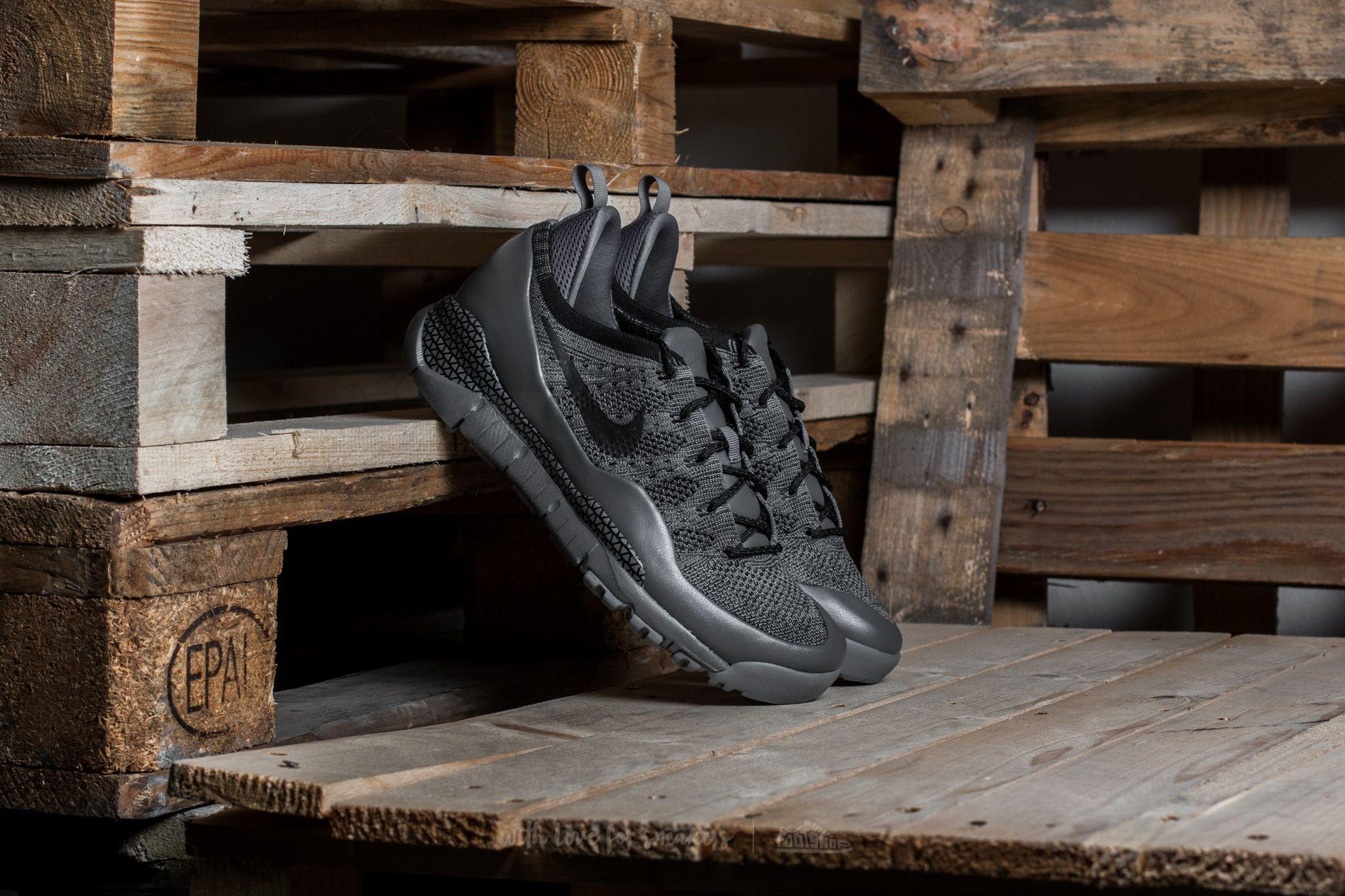 hot sale online 2f474 3c20b Nike Lupinek Flyknit Low Dark Grey  Black-Cool Grey at a great price 110