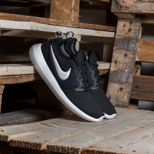 Men's shoes Nike Roshe Two Black/ White