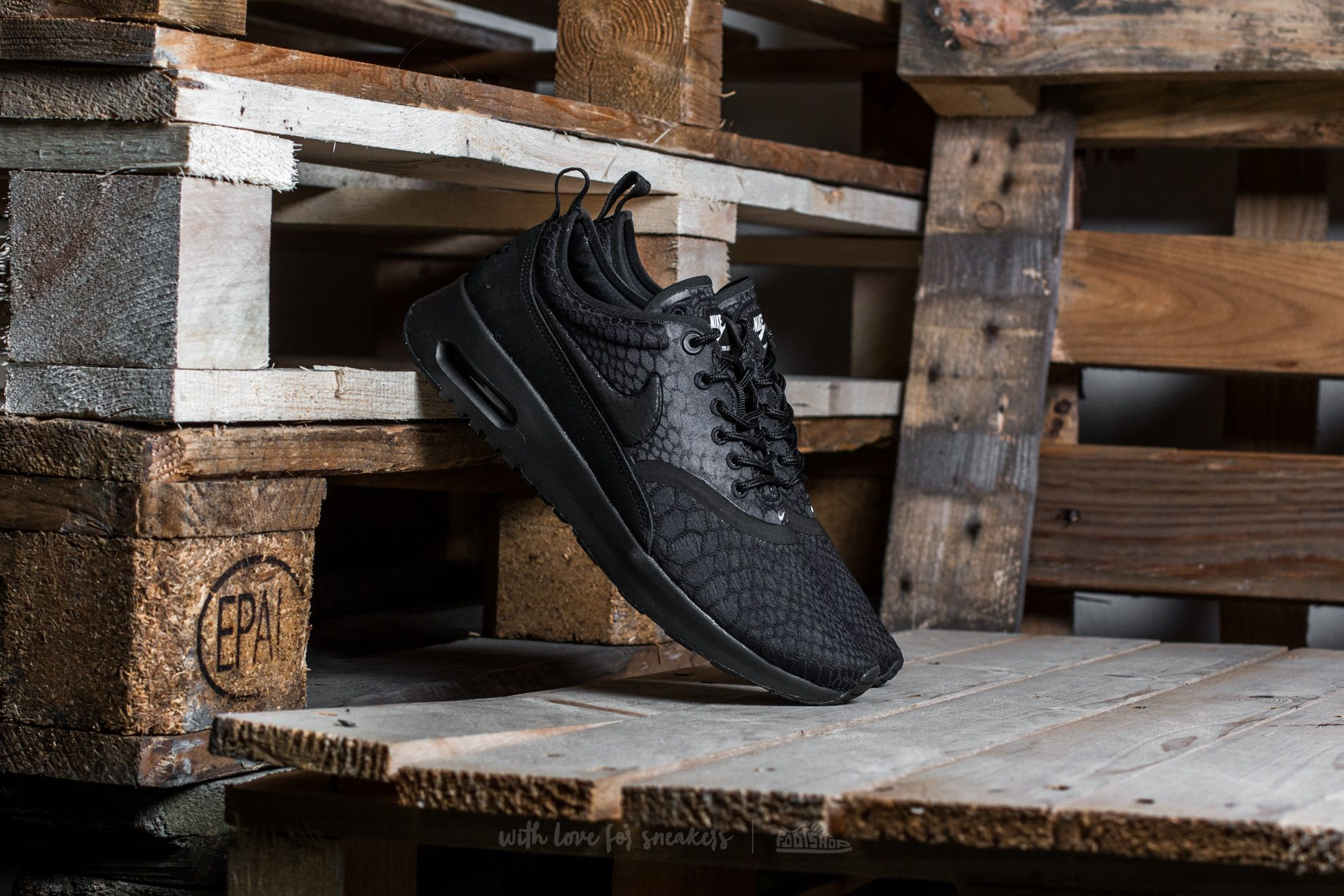 Nike W Air Max Thea Ultra SE Black Black White | Footshop
